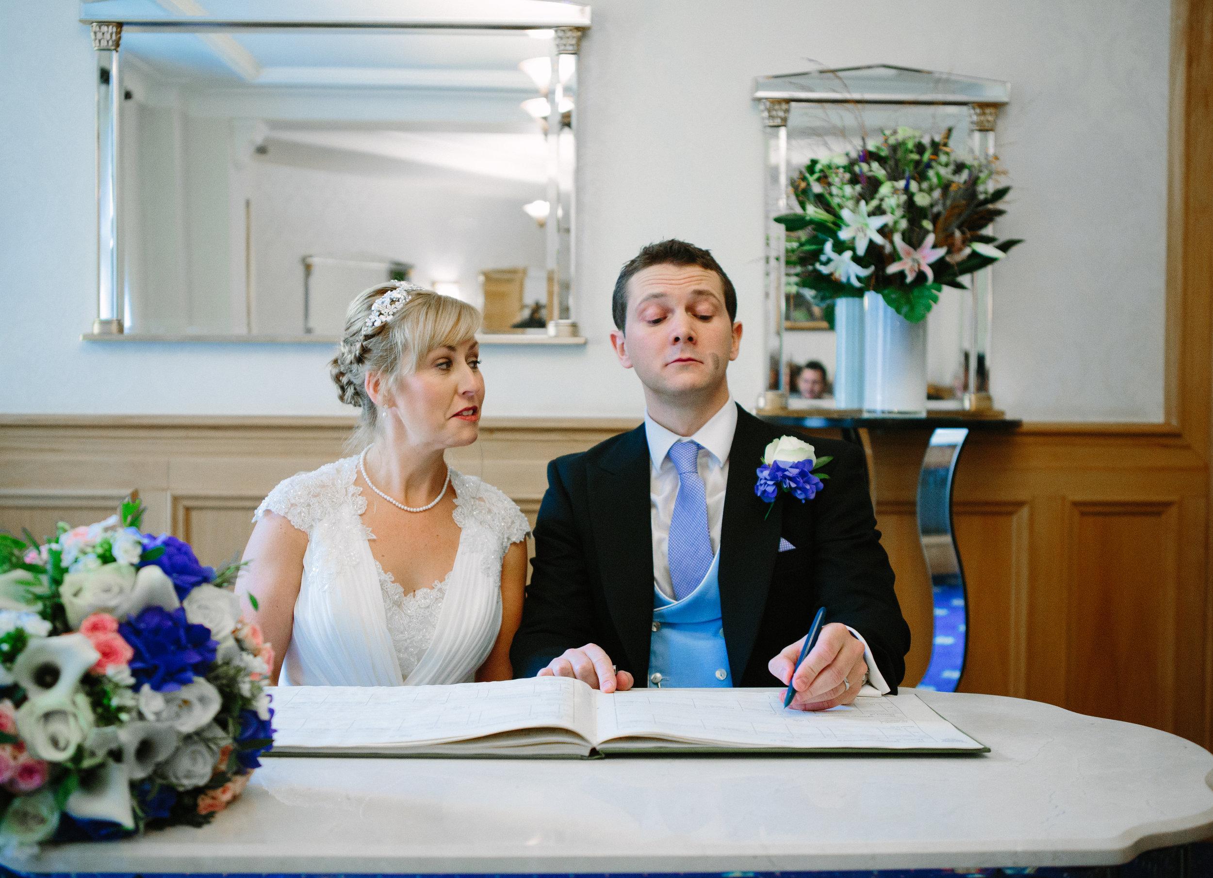 london-wedding-photography-wimbledon-wandsworth-town-hall-savoy-hotel-register-sign-36