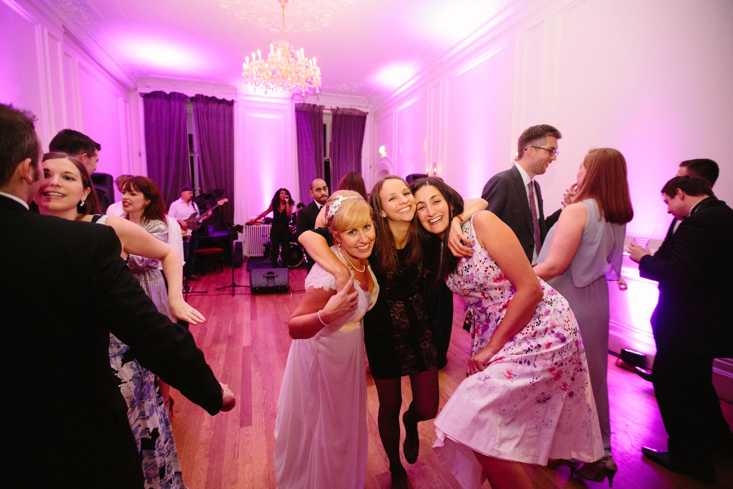 london-wedding-photography-wimbledon-wandsworth-town-hall-savoy-polish-club-kensington-ognisco-party-112