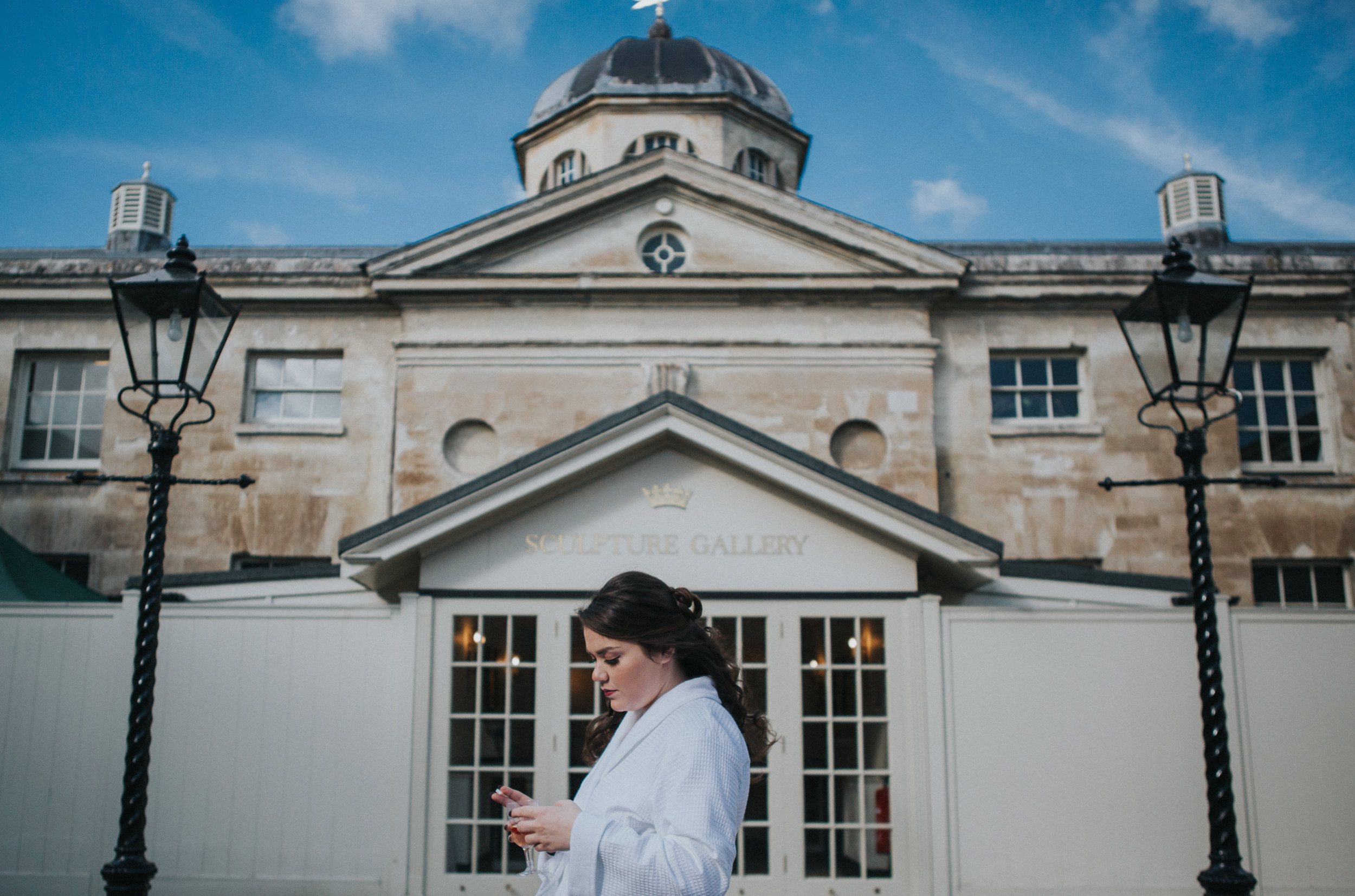 london-bedfordshire-uk-wedding-photography-woburn-scultpture-gallery-bridal-prep-08