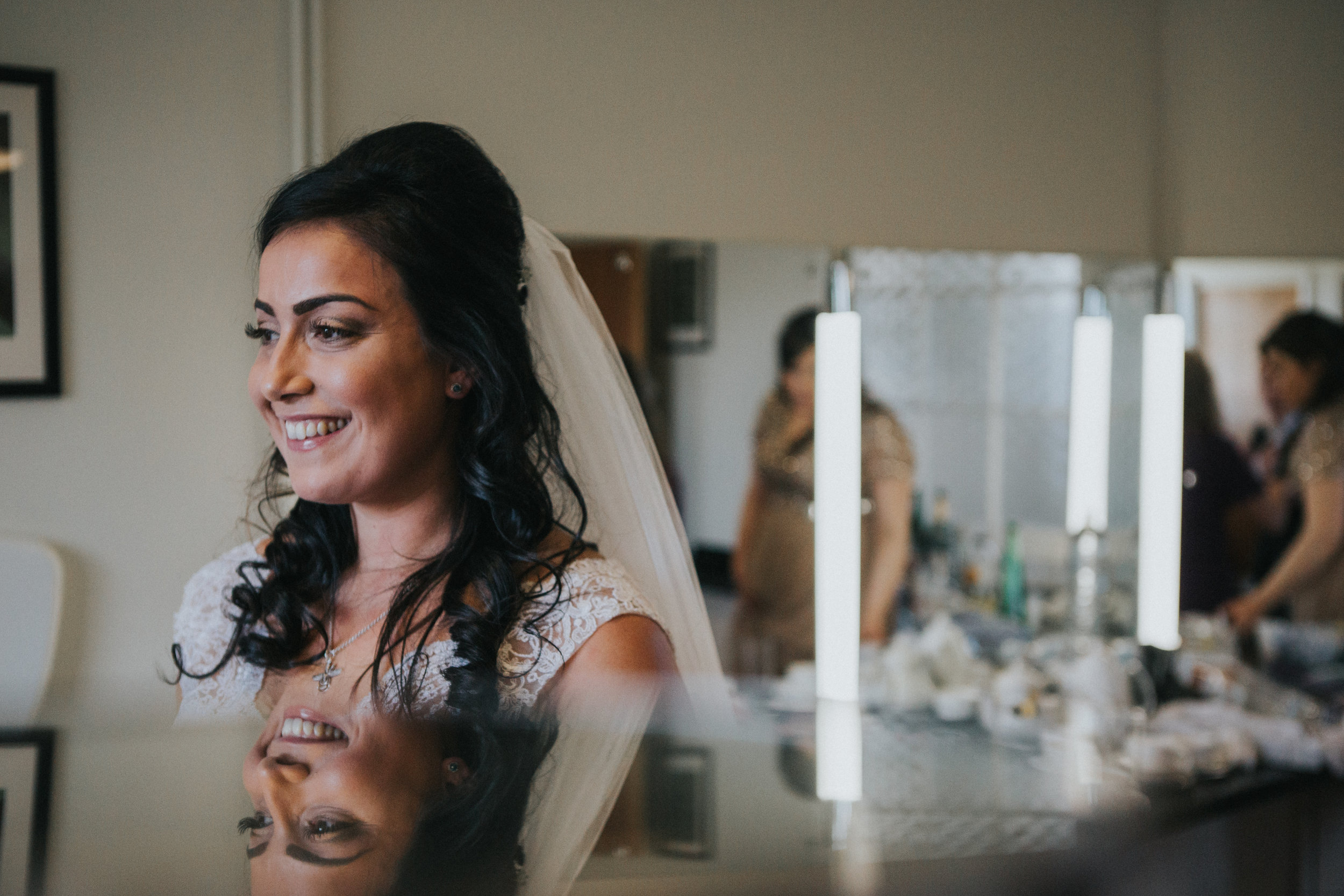 london-bedfordshire-uk-wedding-photography-woburn-sculpture-gallery-bridal-prep-20