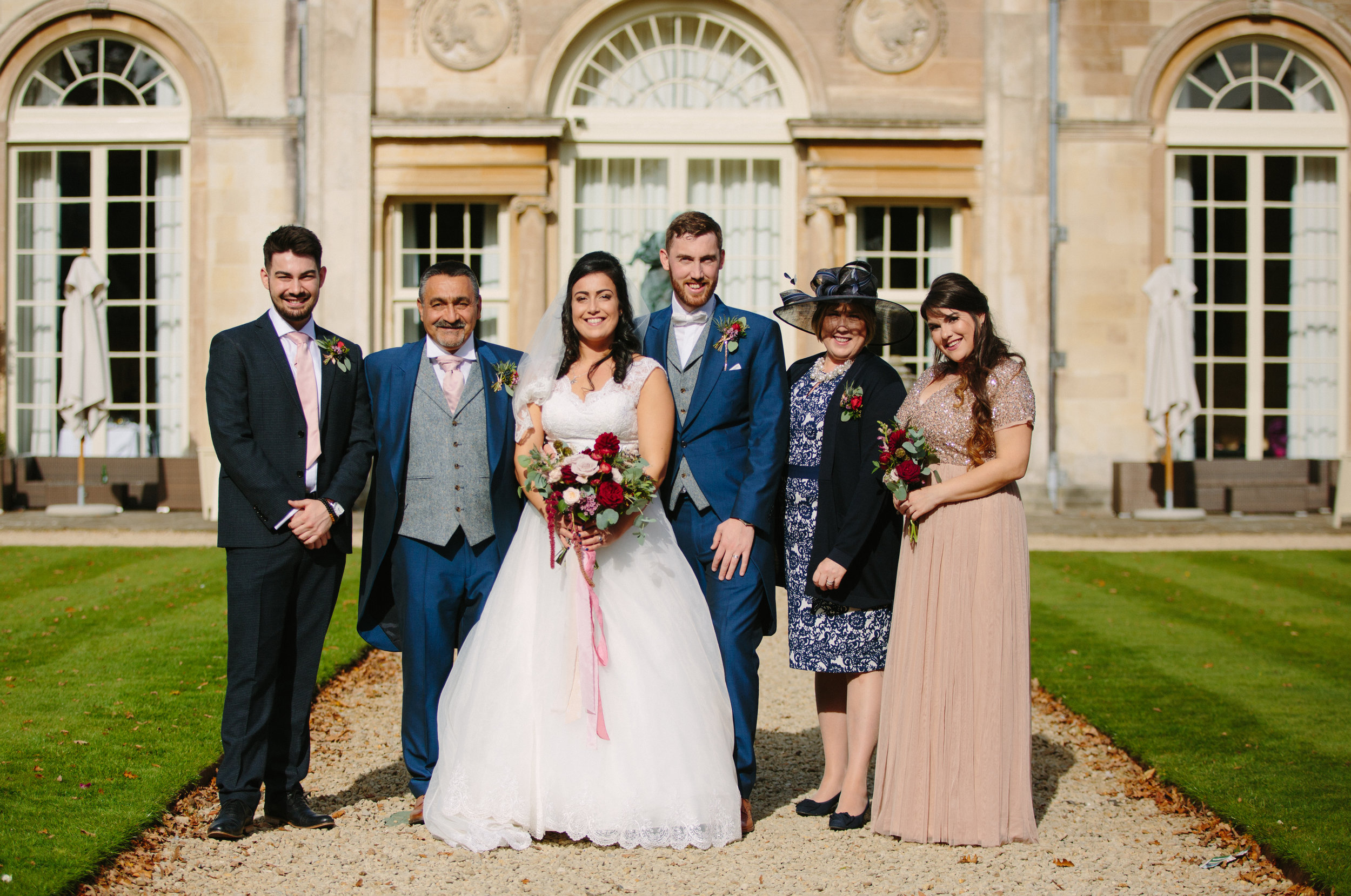 london-bedfordshire-uk-wedding-photography-woburn-sculpture-gallery-group-portrait-43