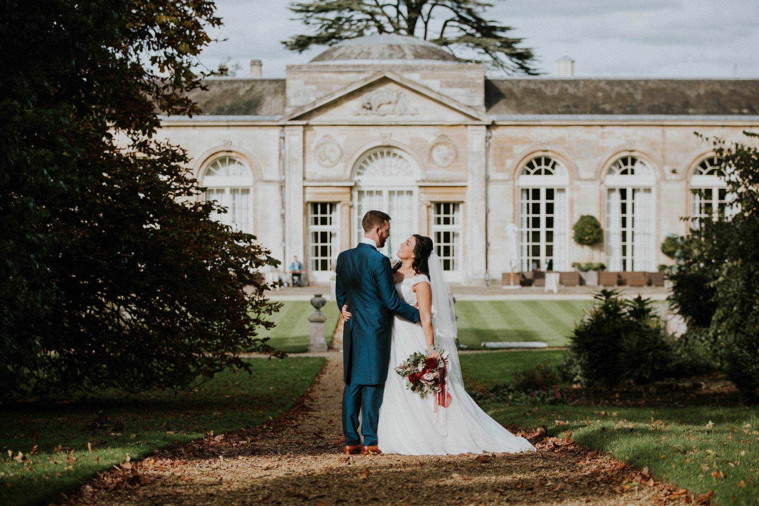 london-bedfordshire-uk-wedding-photography-woburn-sculpture-gallery-bridal-portrait-50