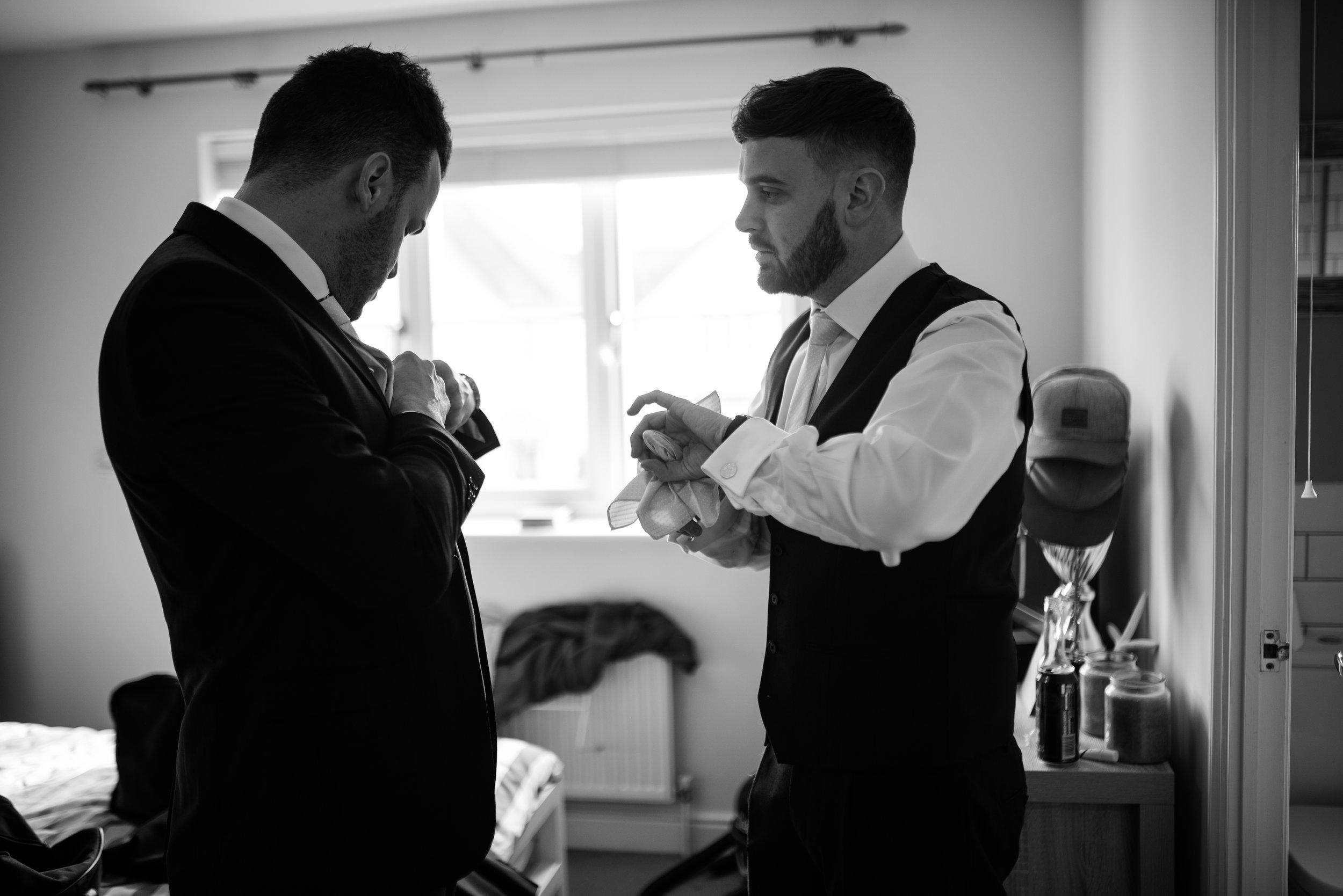 london-hertfordshire-wedding-photography-milling-barn-prep-03