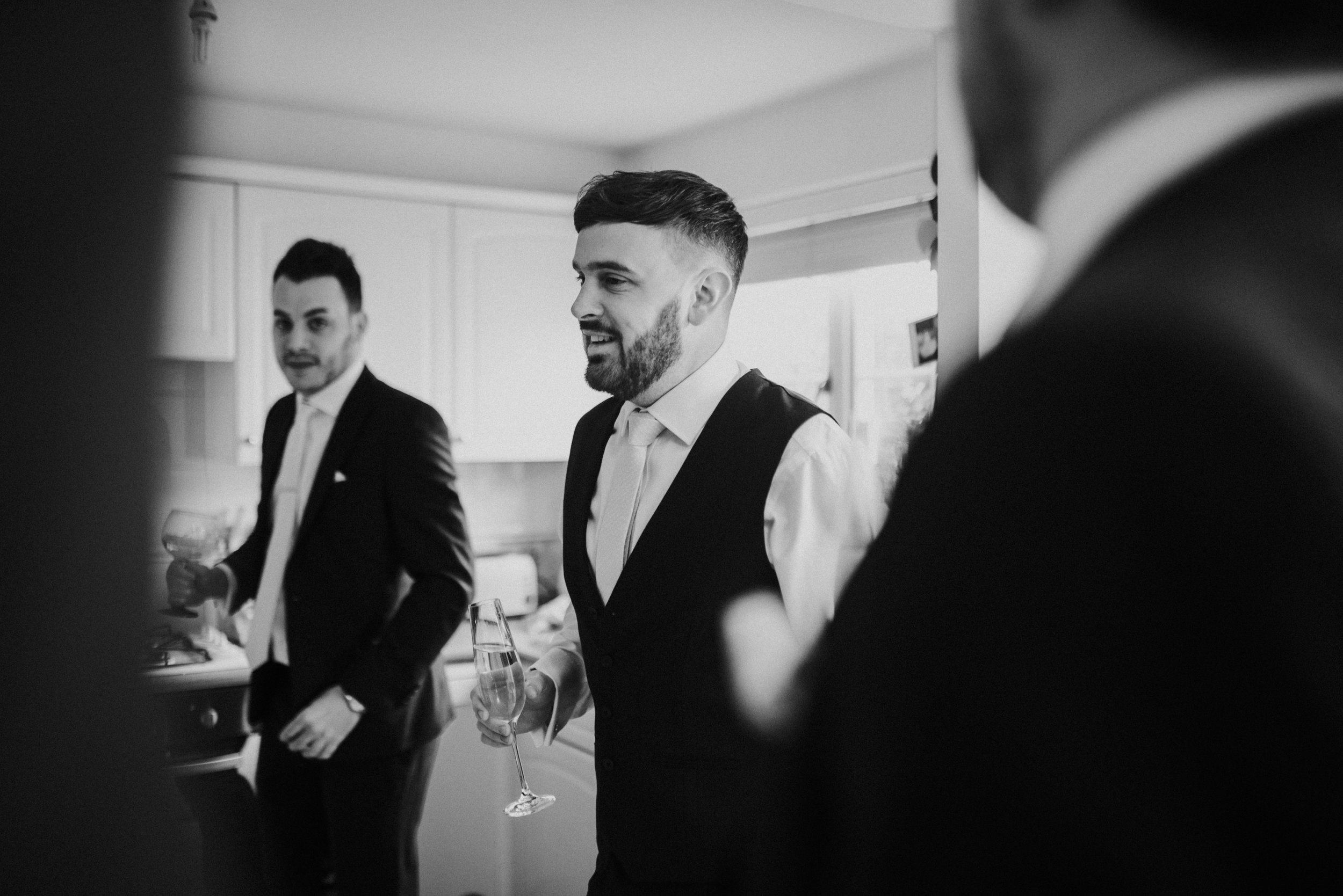 london-hertfordshire-wedding-photography-milling-barn-prep-07