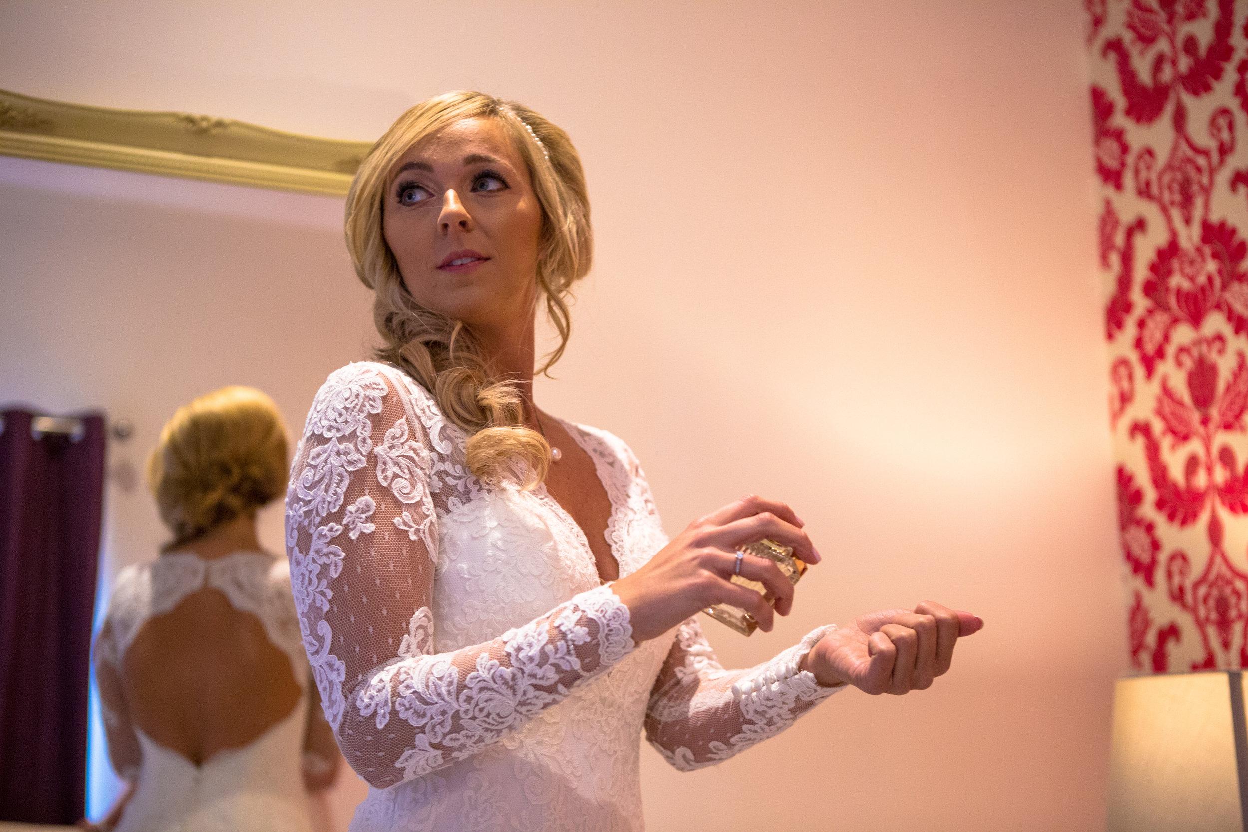 london-hertfordshire-wedding-photography-milling-barn-bridal-prep-25