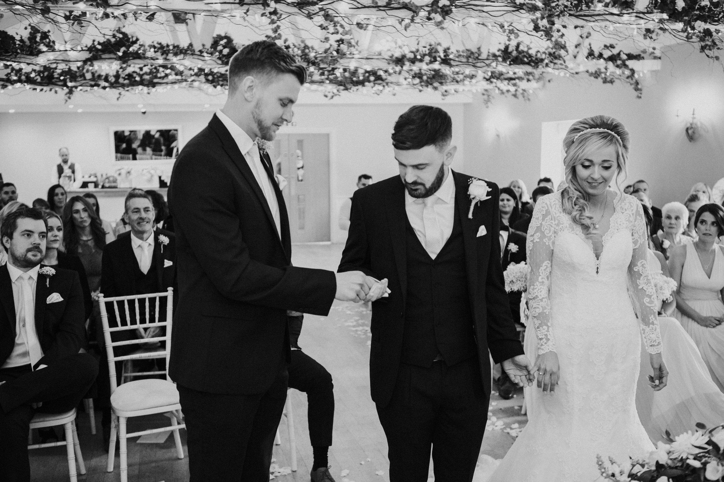 london-hertfordshire-wedding-photography-milling-barn-ceremony-42