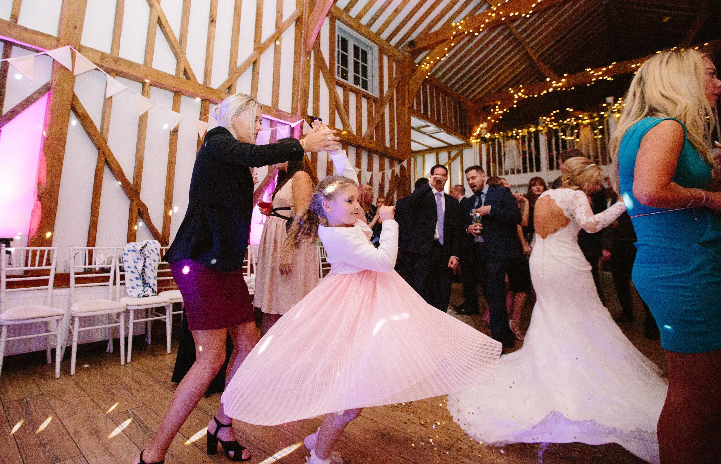 london-hertfordshire-wedding-photography-milling-barn-first-dance-78