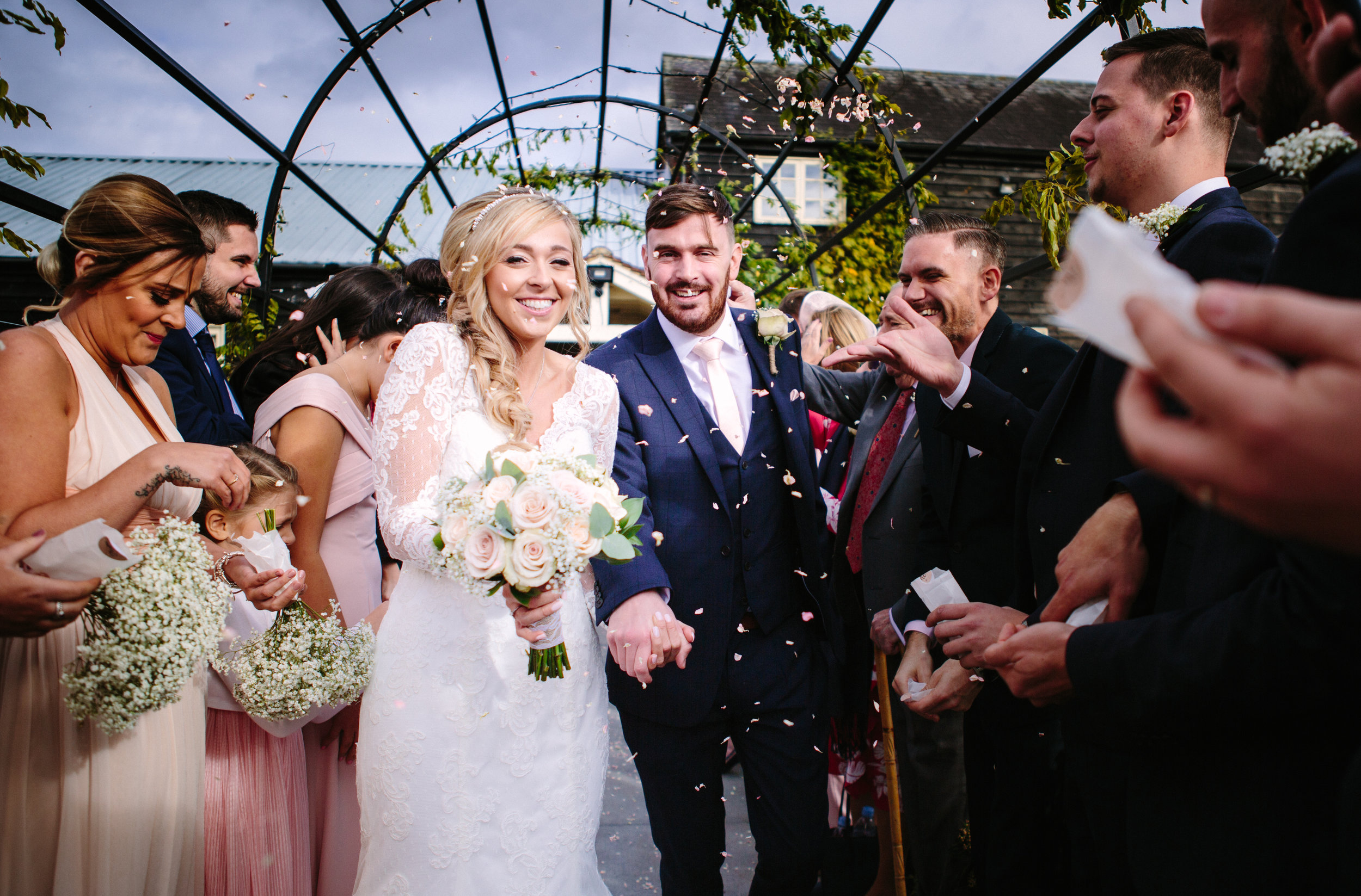 london-hertfordshire-wedding-photography-milling-barn-confetti-202