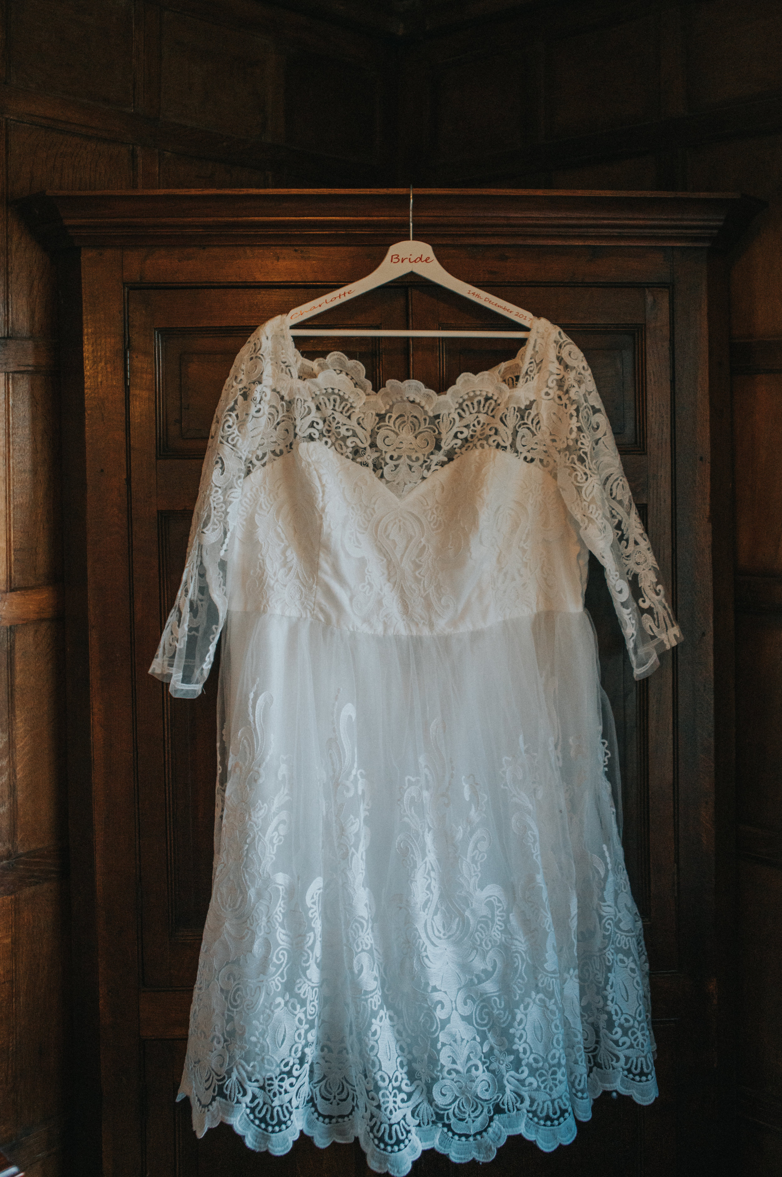 london-kent-wedding-photography-lympne-castle-bride-prep-dress-05