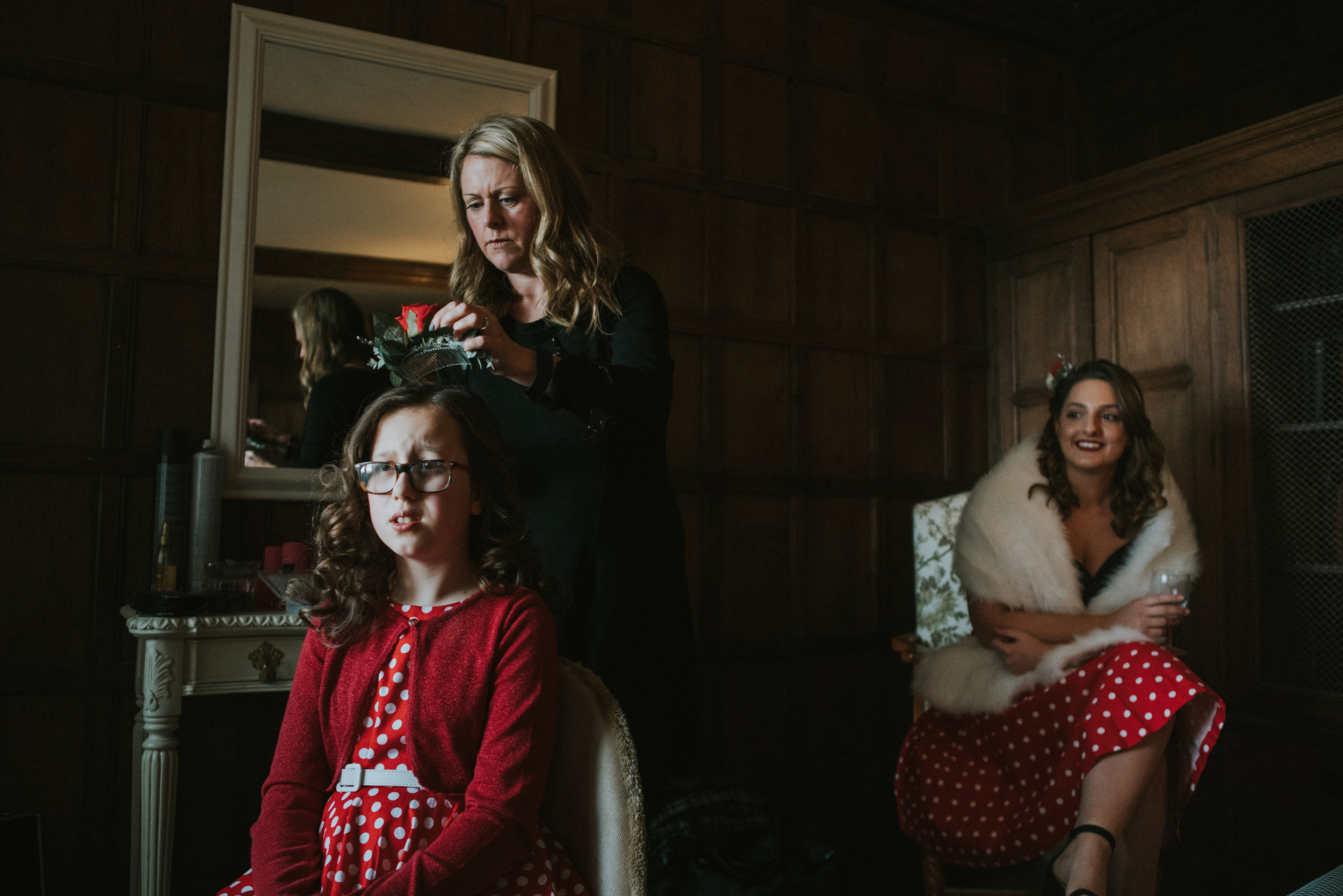 london-kent-wedding-photography-lympne-castle-bride-prep-15