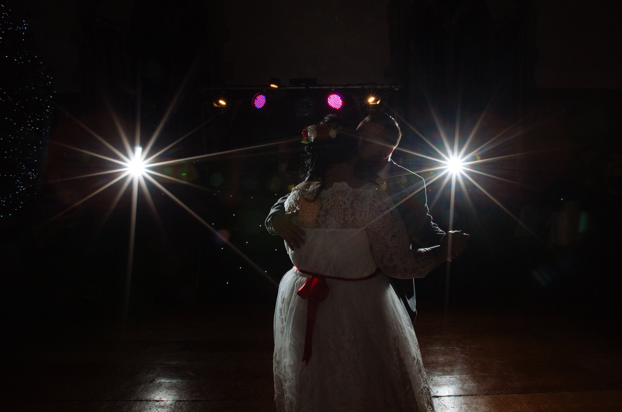 london-kent-wedding-photography-lympne-castle-first-dance-53