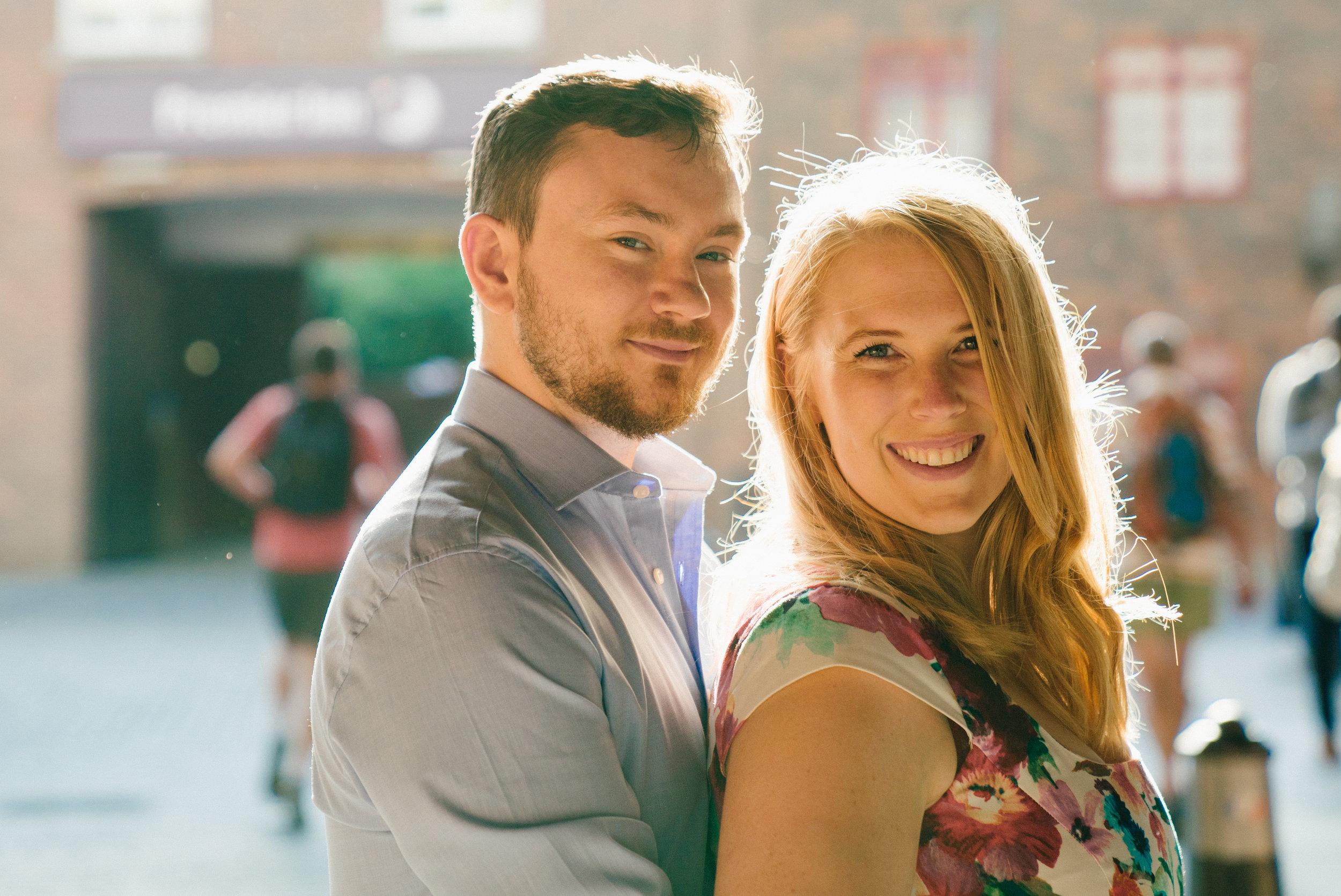 globe-theatre-blackfriars-bridge-engagement-wedding-london-photography-videography-04