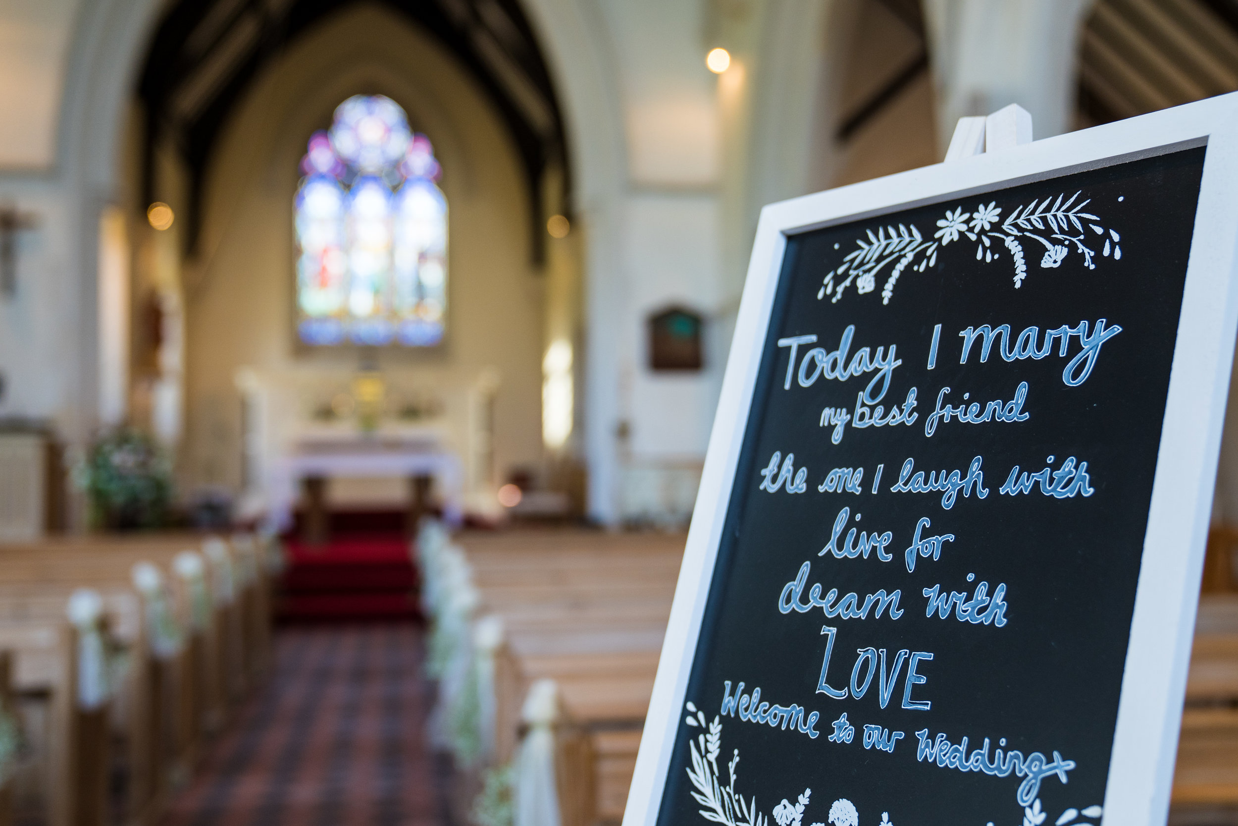 hampshire-selsey-london-wedding-photography-videography-marquee-church-17