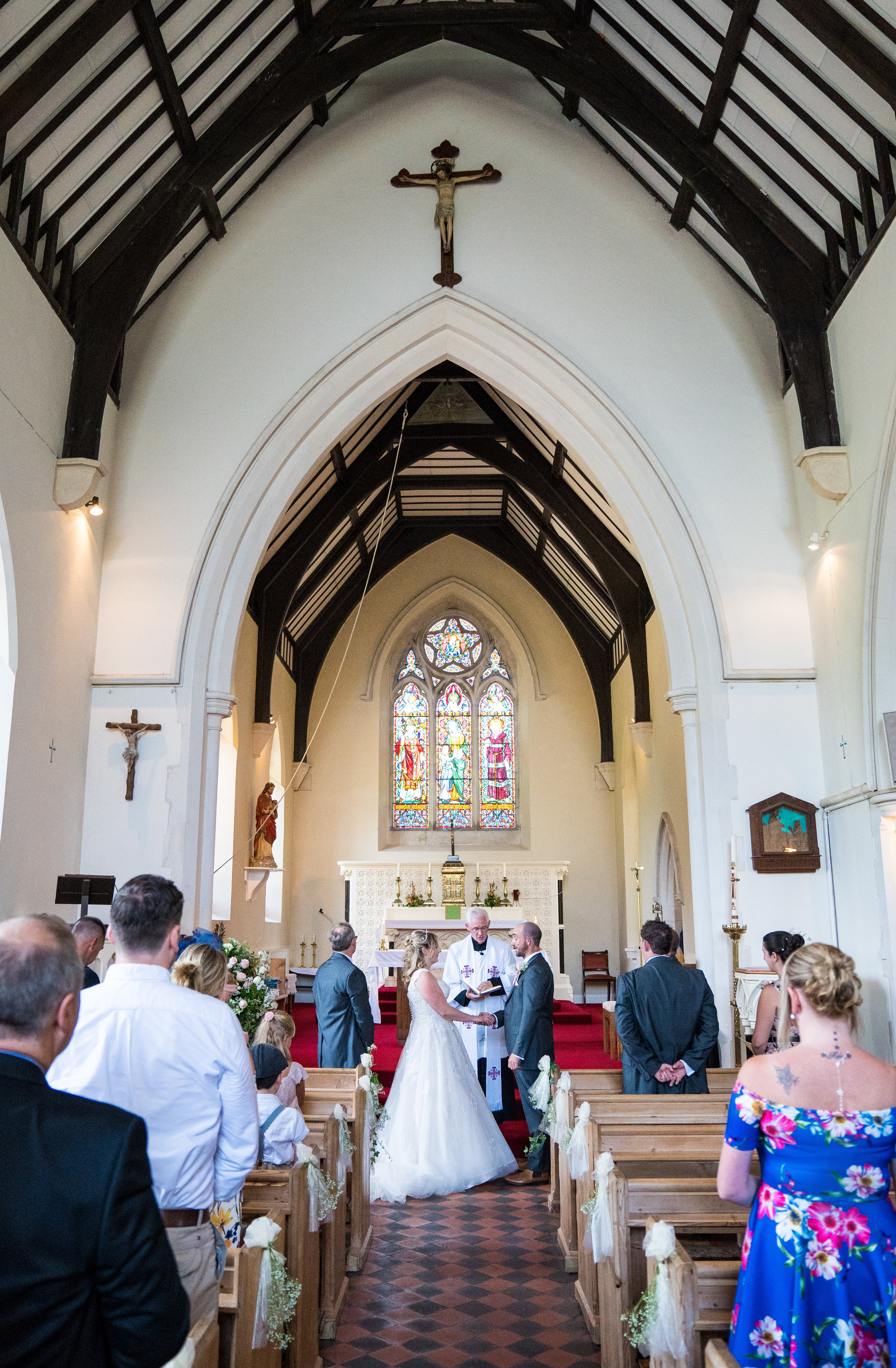 hampshire-selsey-london-wedding-photography-videography-marquee-church-26