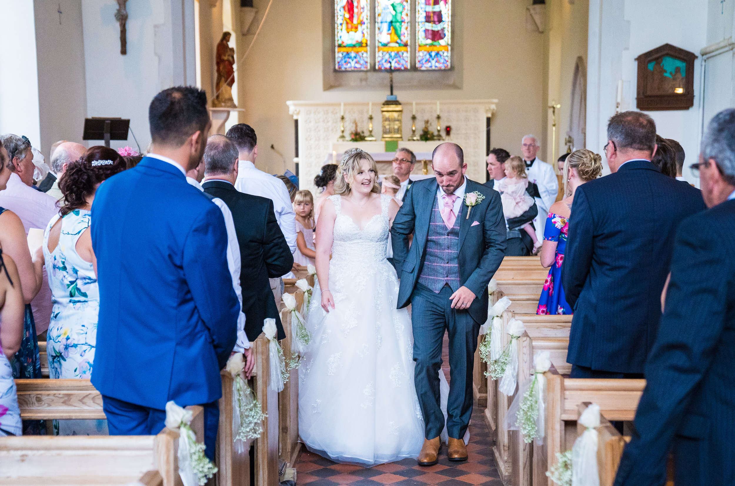hampshire-selsey-london-wedding-photography-videography-marquee-church-32