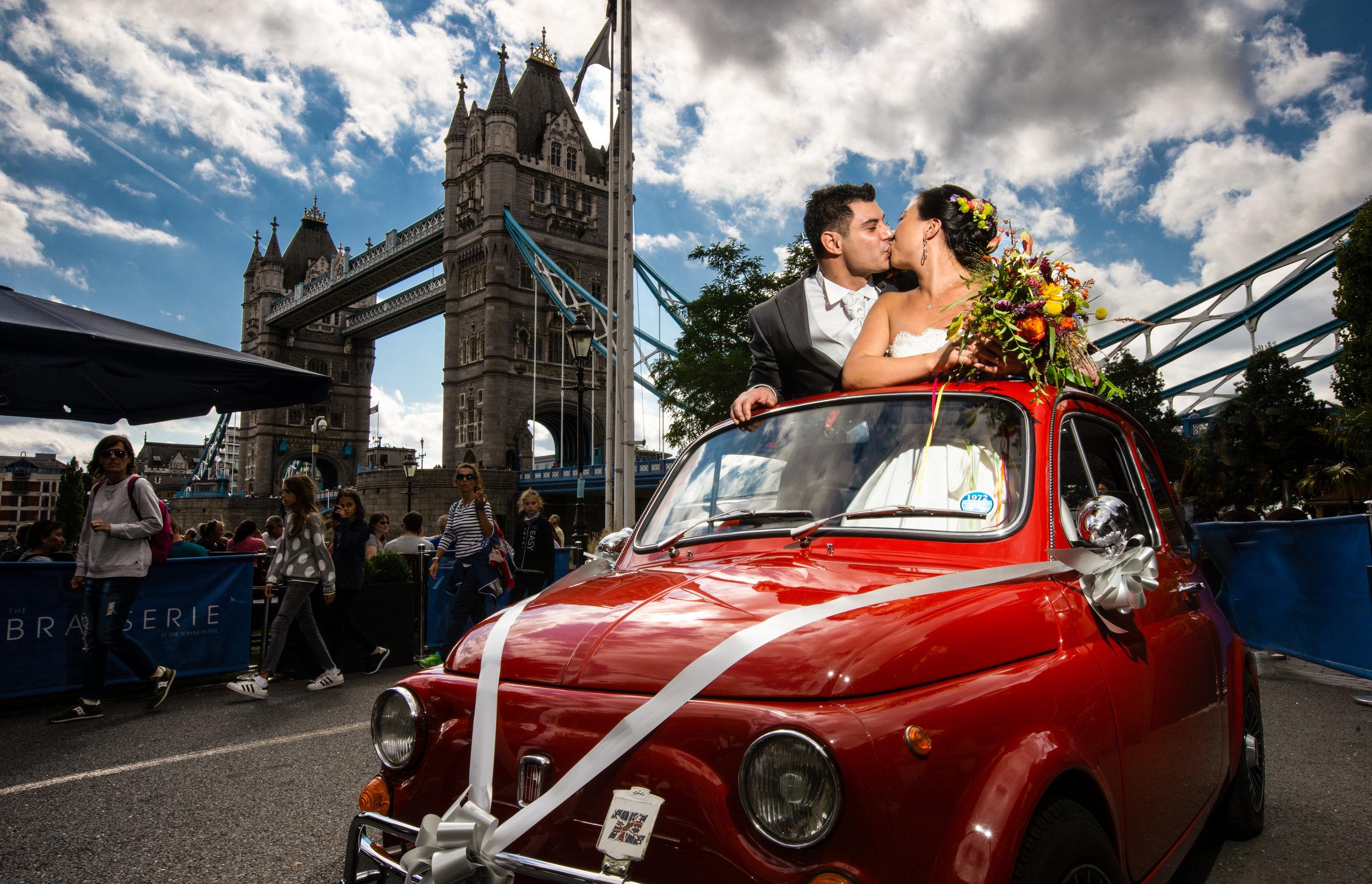 river-rooms-tower-bridge-london-stpauls-mondrian-hotel-wedding-fiat500-cinquecento-photography-videography-90
