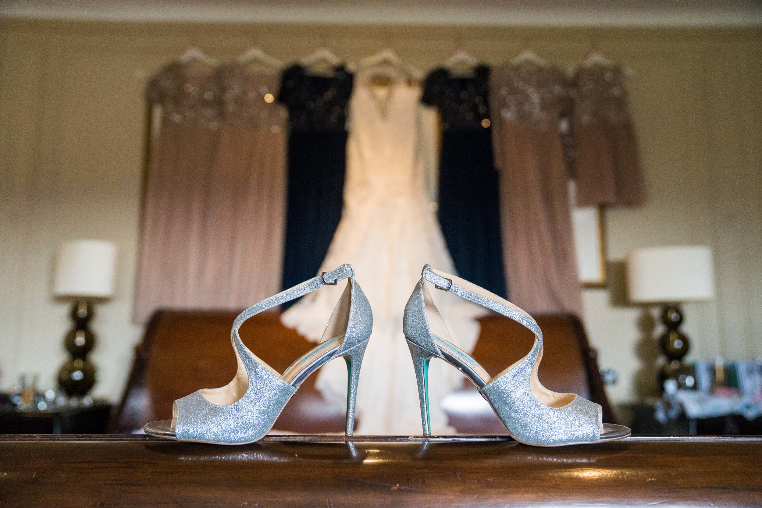 london-surrey-wedding-photography-nutfieldpriory-shoes-1211