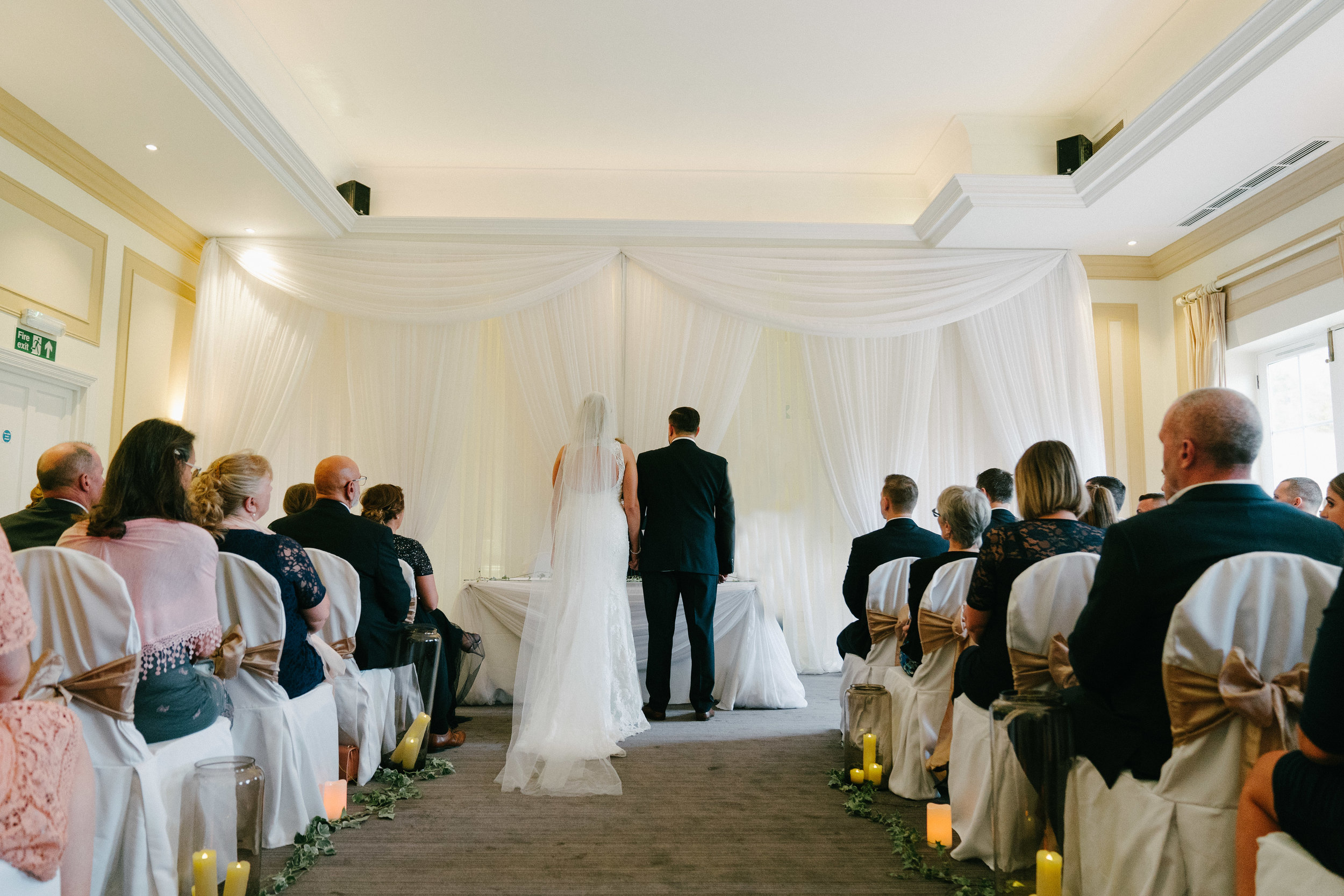 london-surrey-wedding-photography-nutfieldpriory-woldinghamgolfclub-26