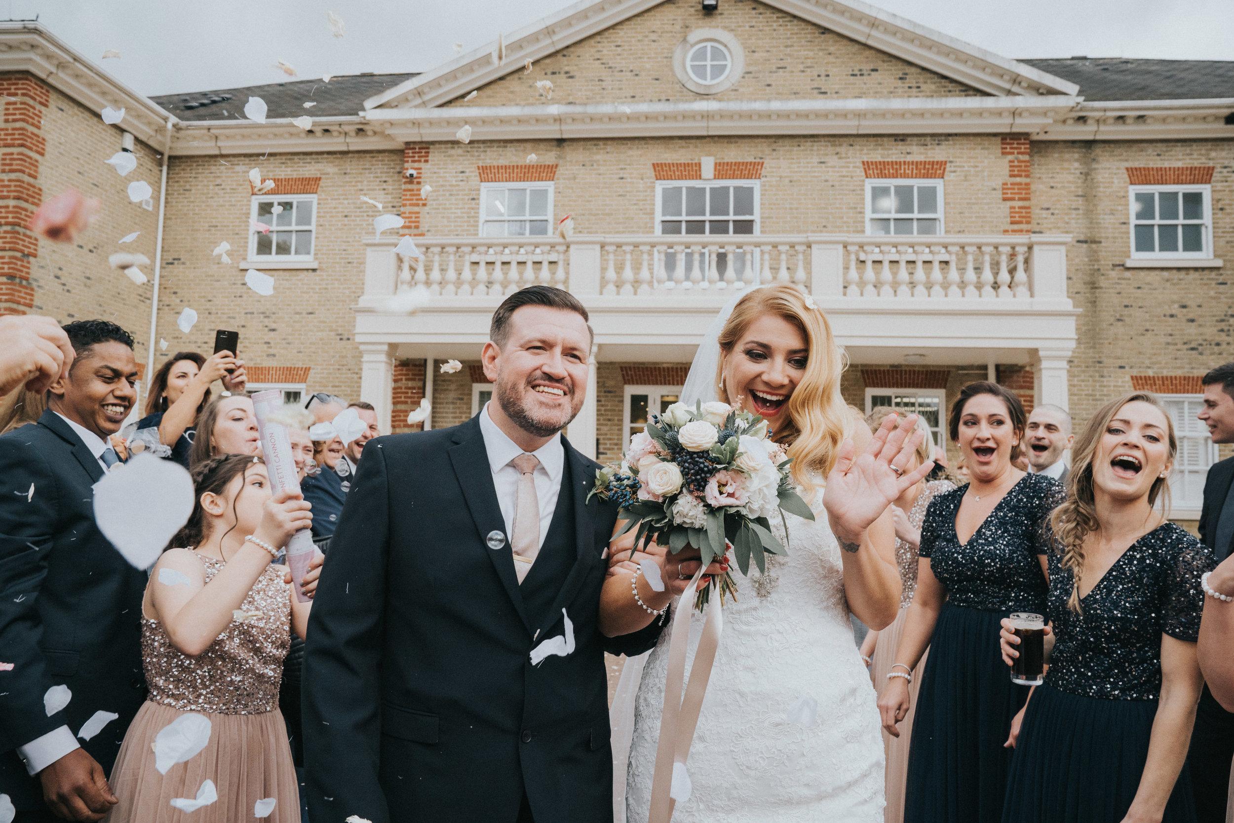 london-surrey-wedding-photography-nutfieldpriory-woldinghamgolfclub-34