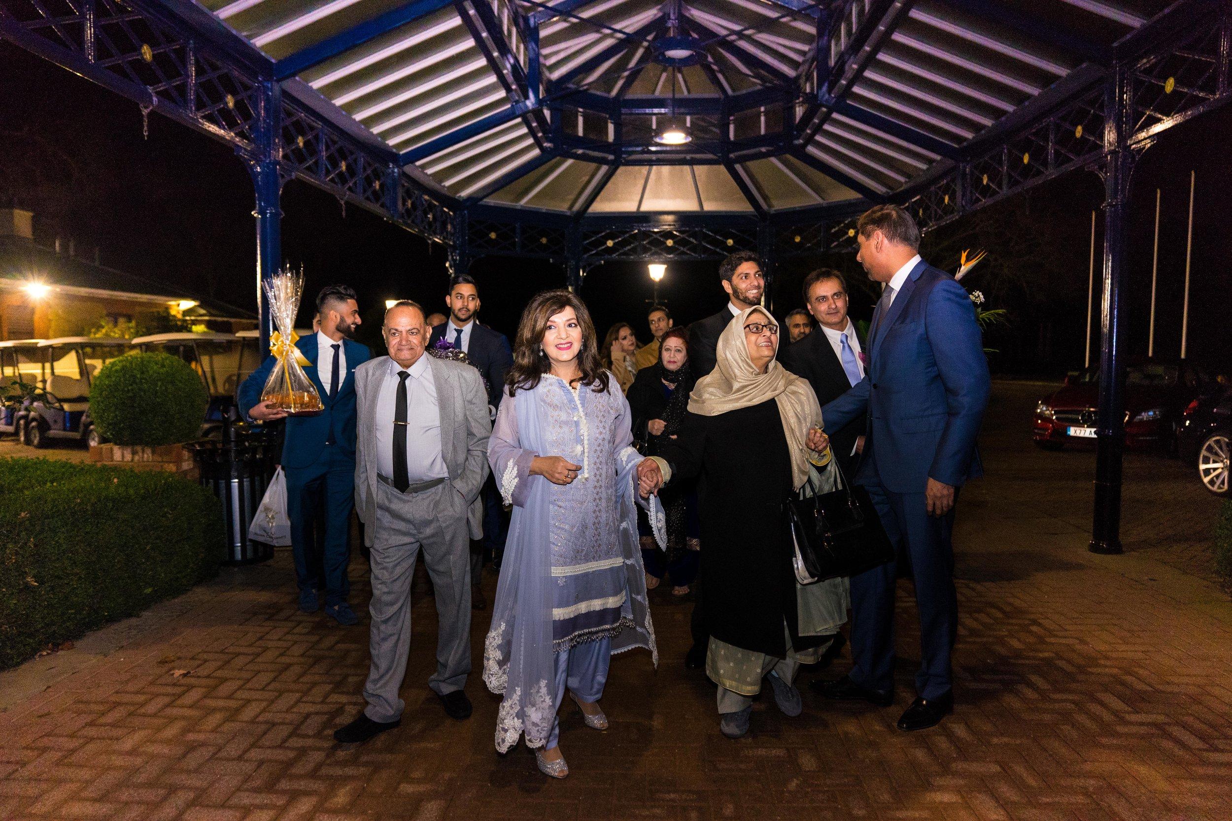 buckinghamshire-golf-club-winter-muslim-wedding-engagement-photography-videography-09