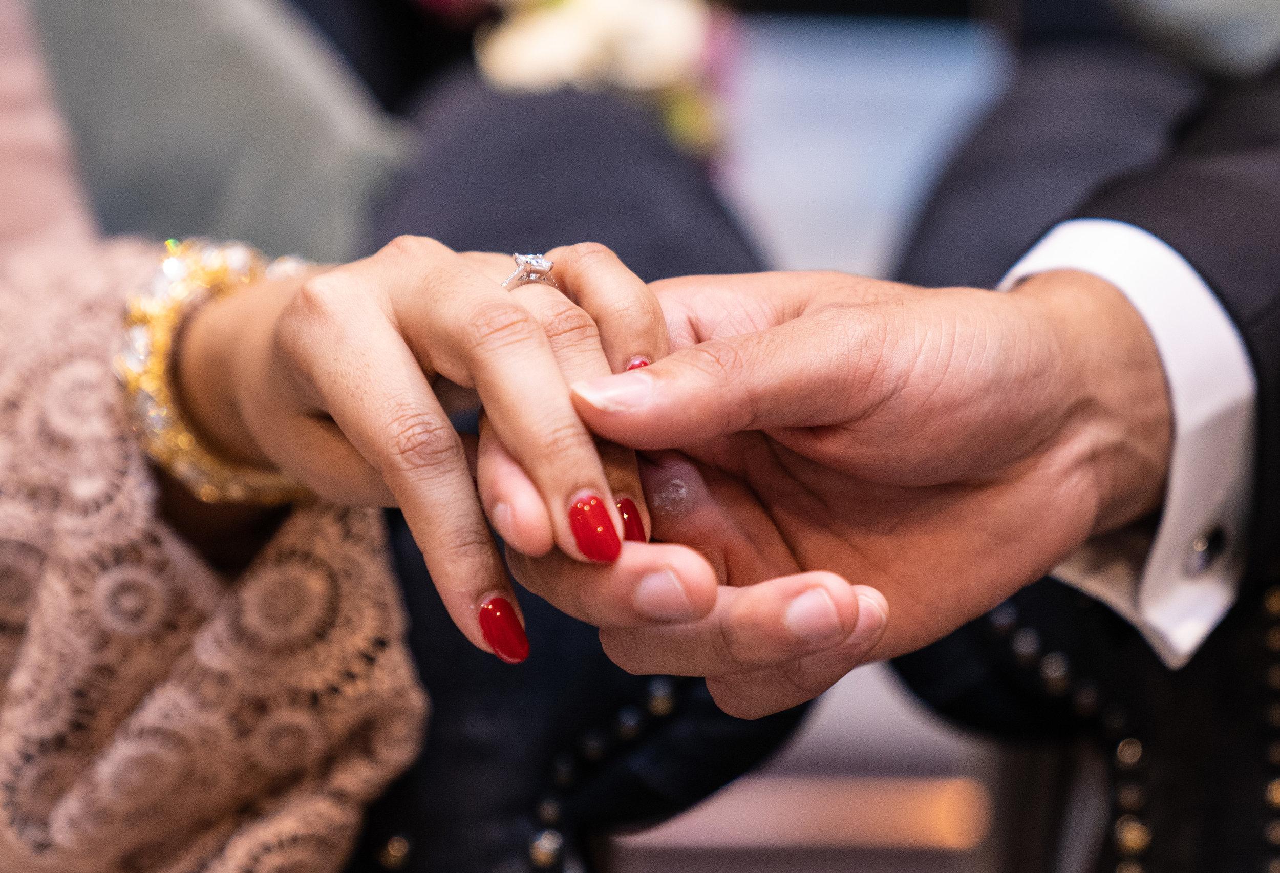 buckinghamshire-golf-club-winter-muslim-wedding-engagement-photography-videography-25