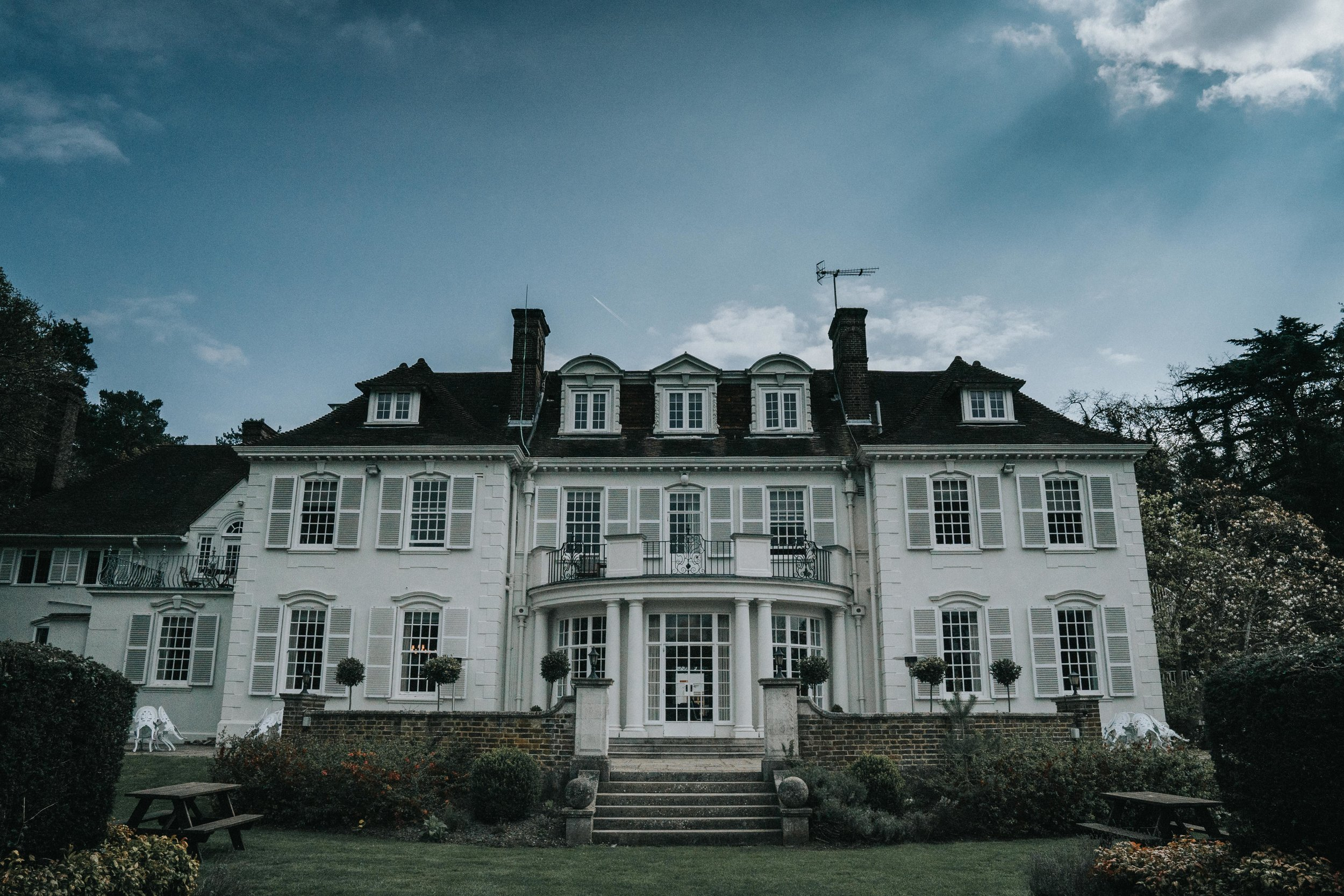 gorse-hill-hotel-wedding-photography-videography-surrey-london-02