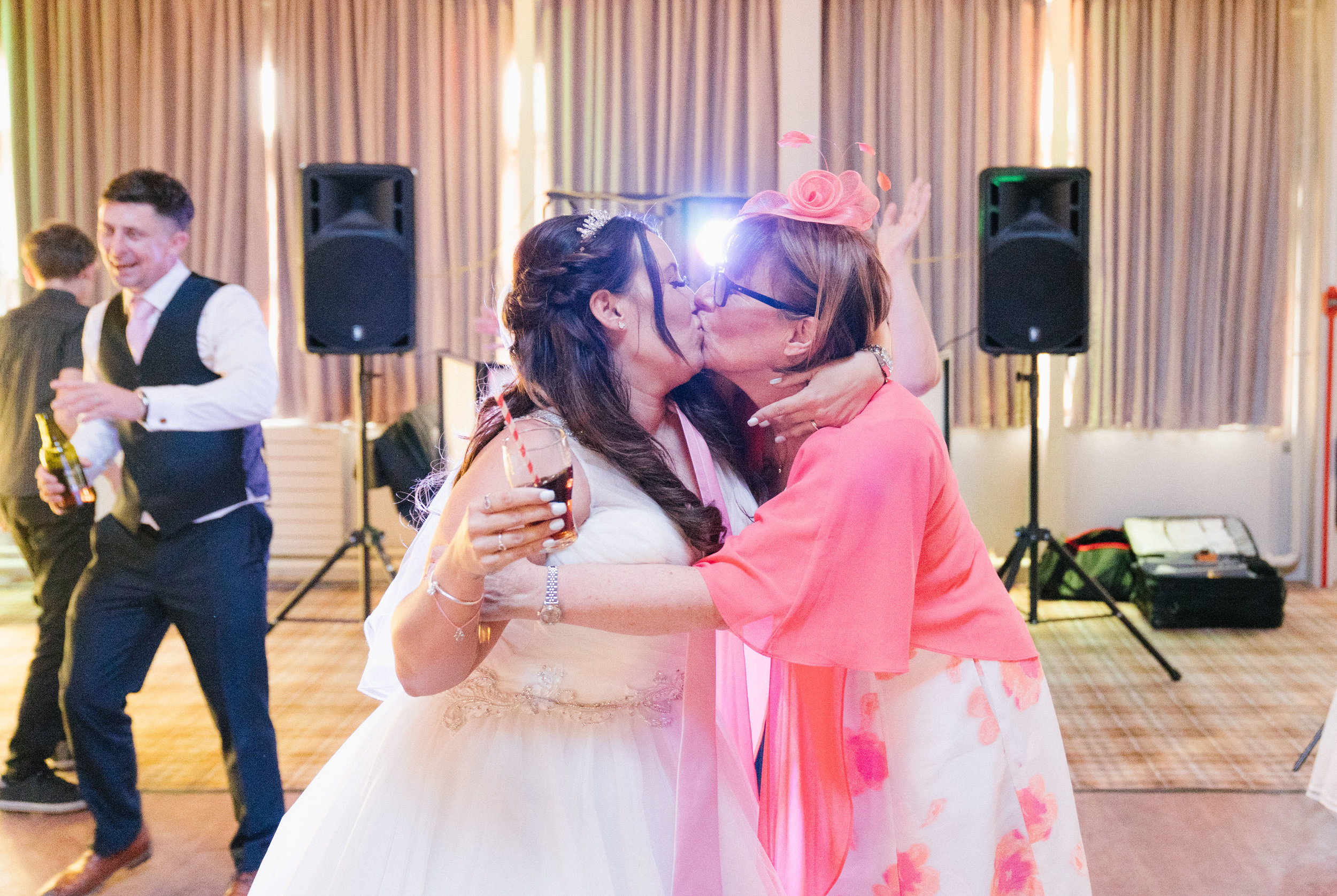 woburn-bedfordshire-london-wedding-photography-videography-64