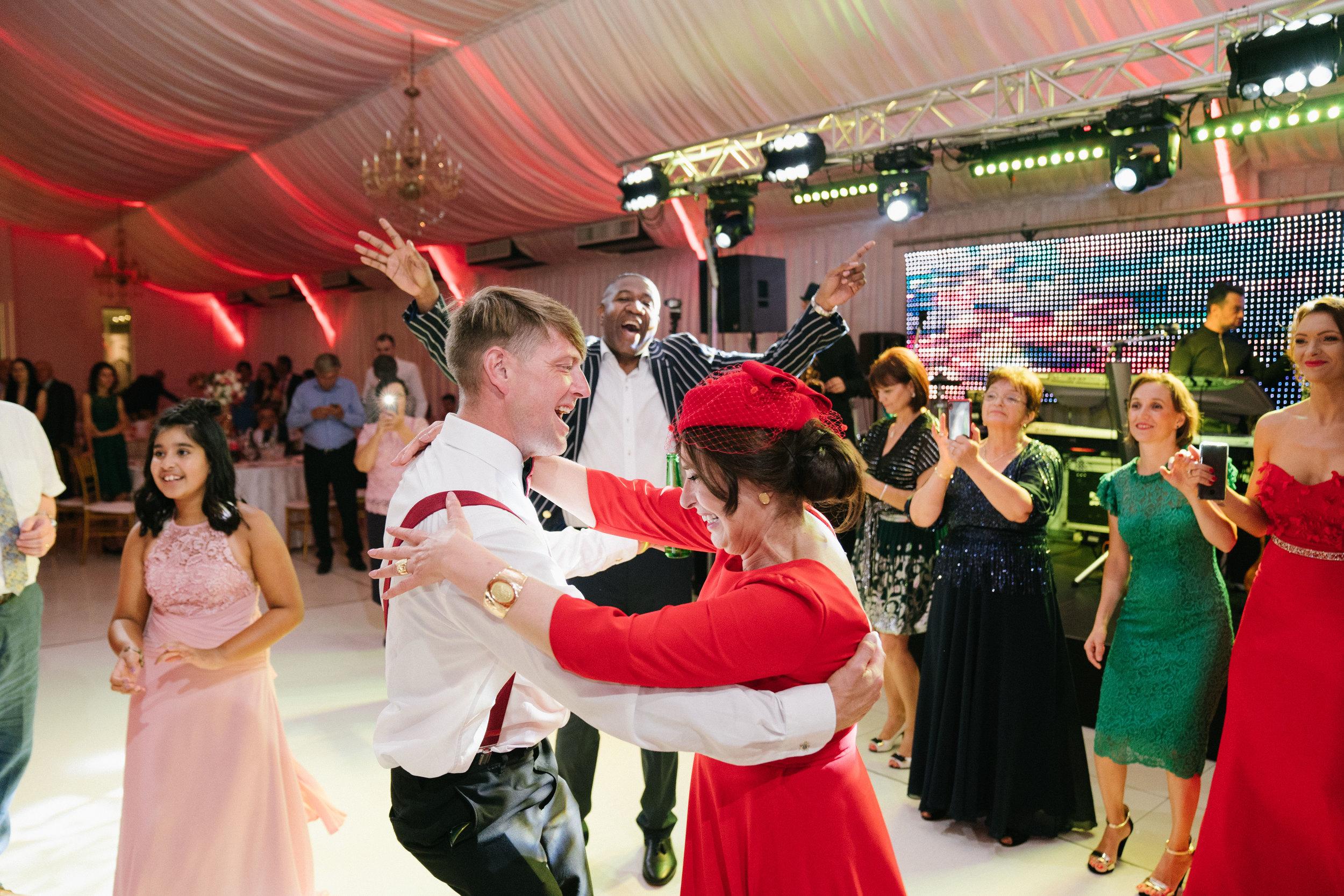 london-romania-destination-wedding-photographer-videographer-1009
