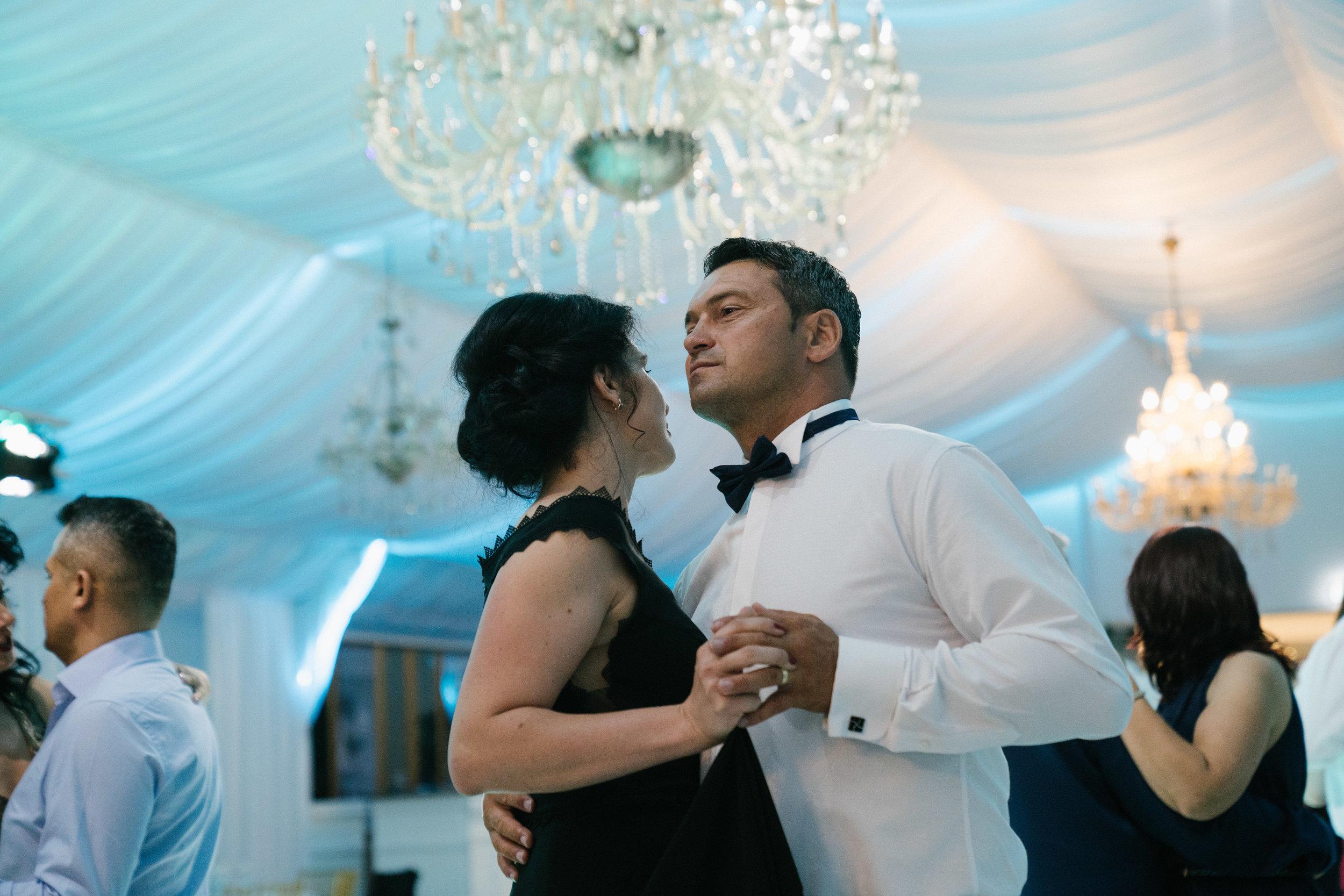 london-romania-destination-wedding-photographer-videographer-1333
