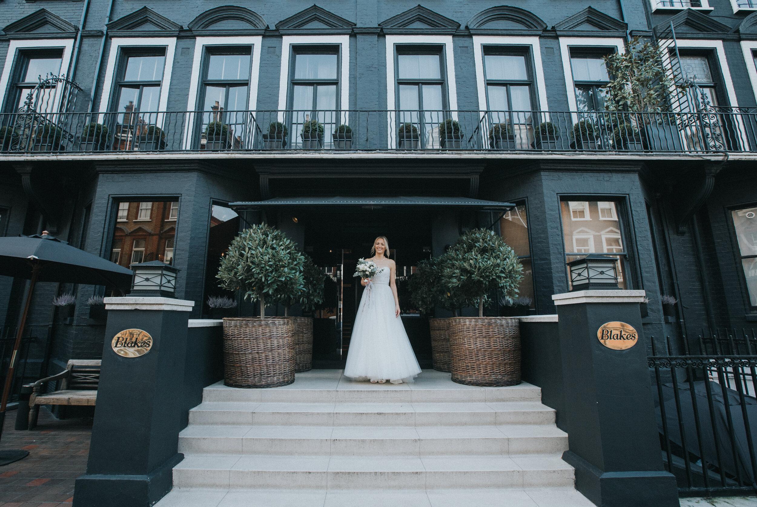 chelsea-london-wedding-photographer-videographer-blakes-hotel-15