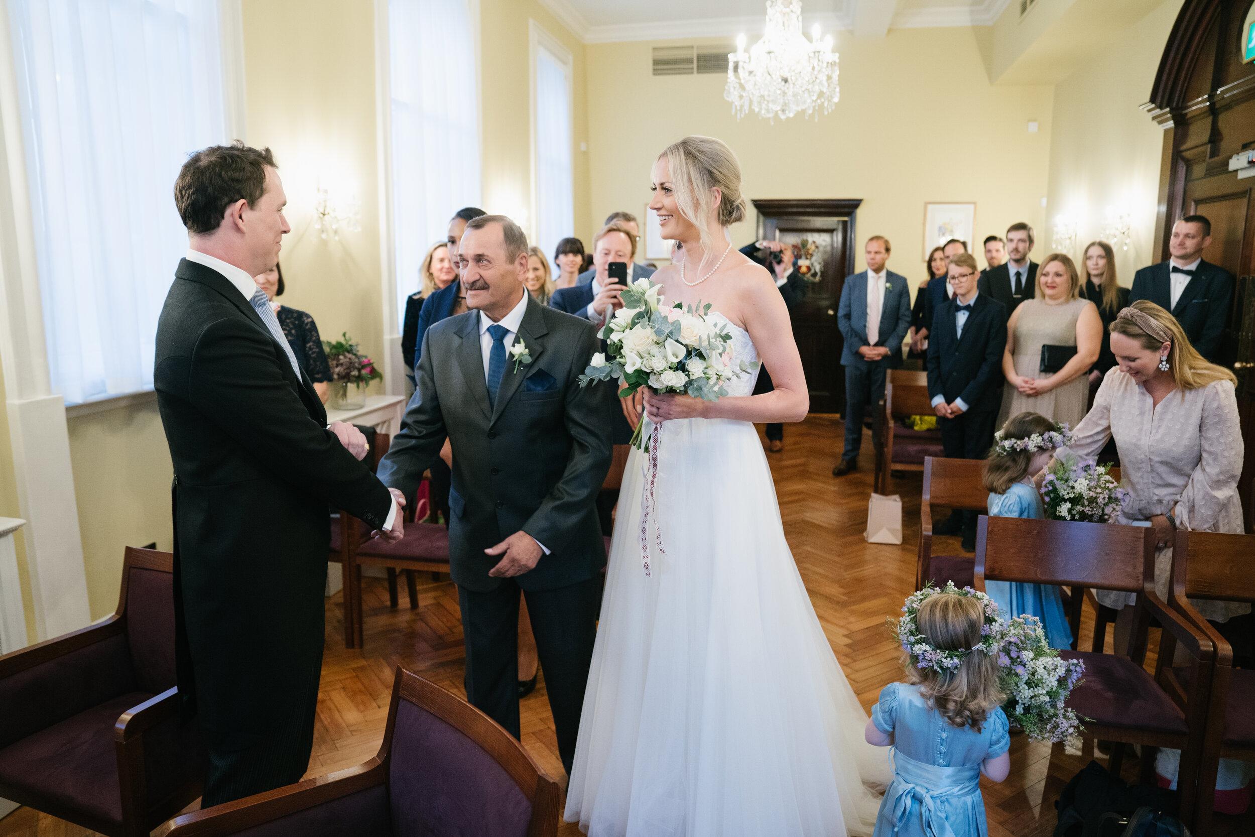 chelsea-london-wedding-photographer-videographer-chelsea-town-hall-20
