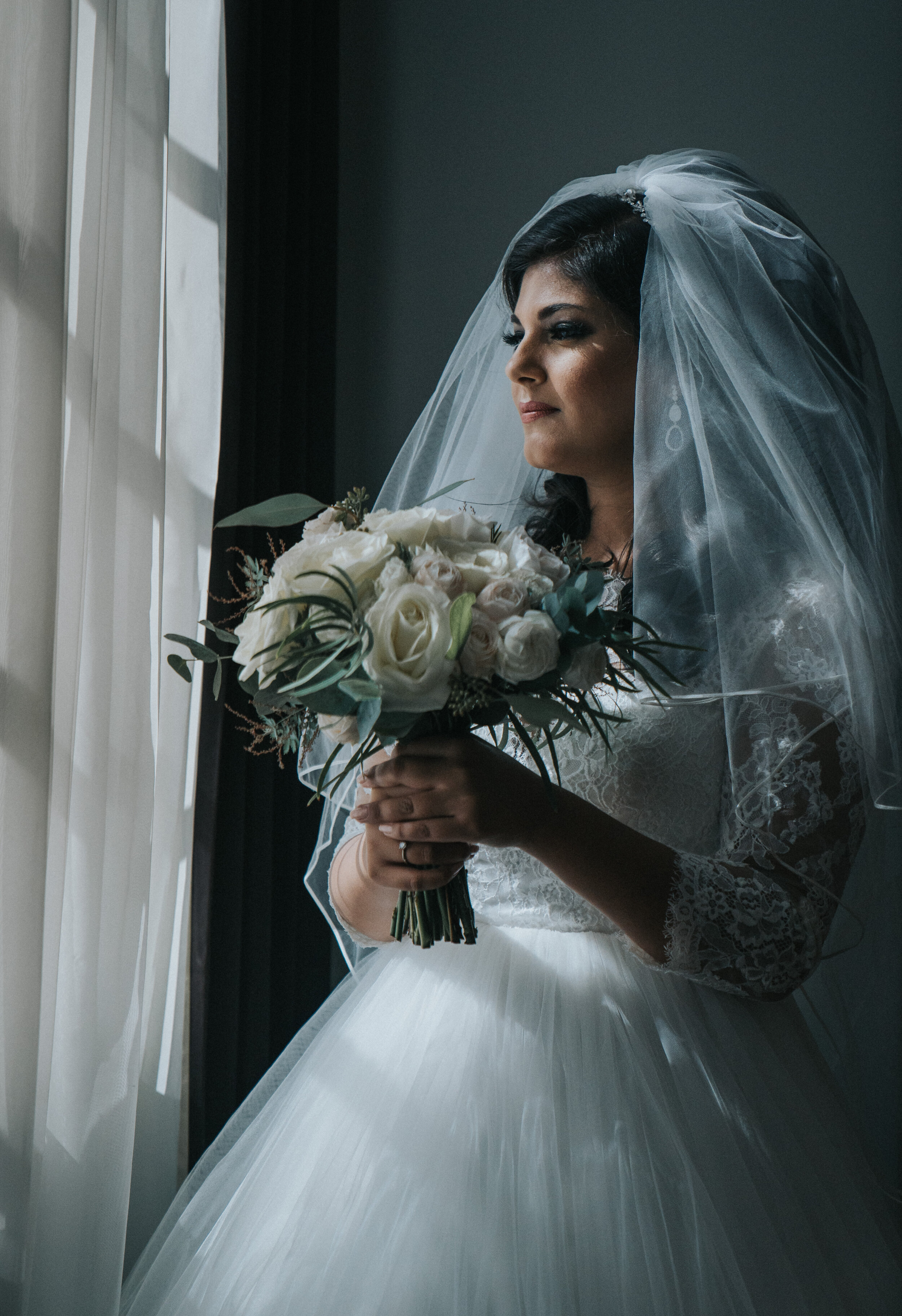 bride-prep-hackney-london-wedding-photographer-04