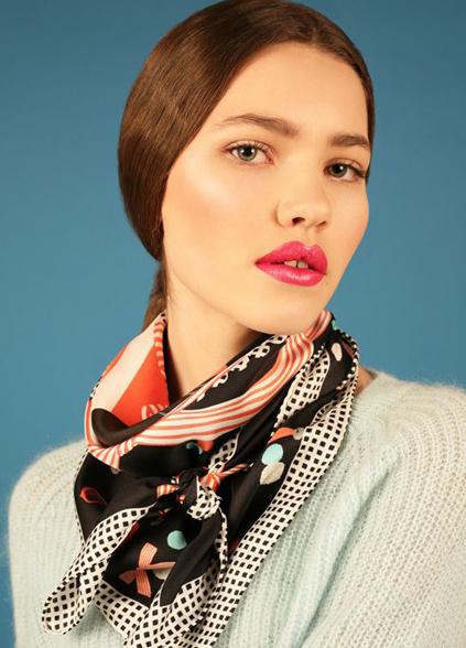 How to tie the bandana style knot - Cleo Ferin Mercury - Designer Silk Scarves