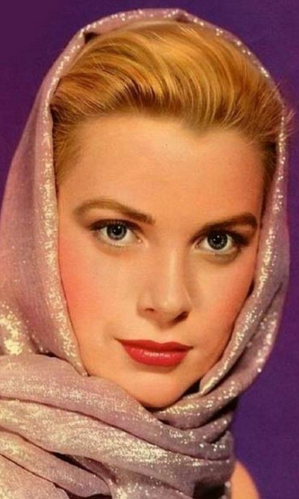 Scarf knots as seen on the one and only Grace Kelly 2.png