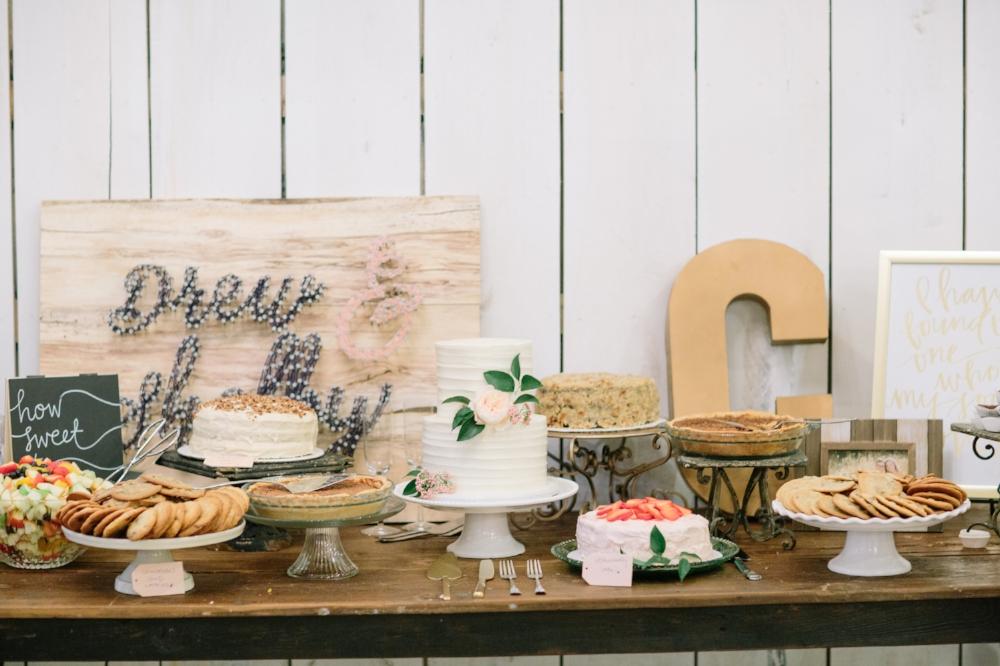 Rustic Dessert Table - Dallas Wedding Corodinator