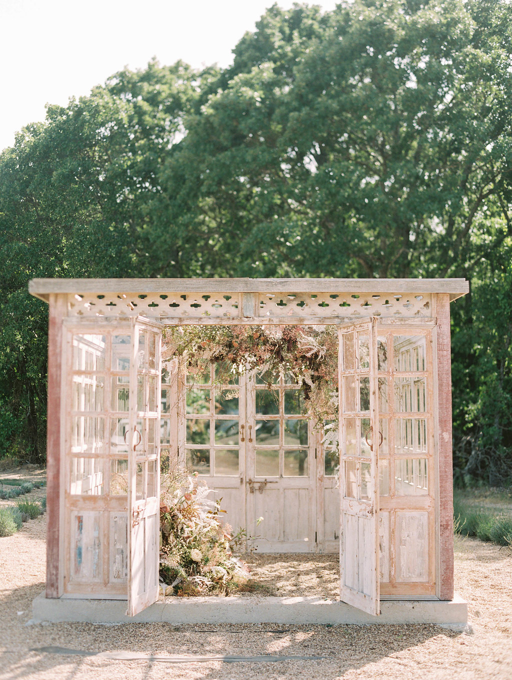 Unique Wedding Ceremony Backdrops - Dallas Wedding Florists