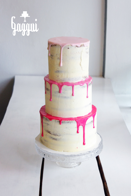 Pink Dripping Cake Gaggui.jpg