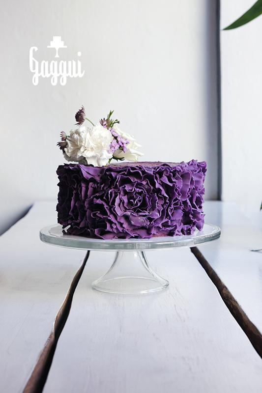 Purple Ruffels Gaggui.jpg