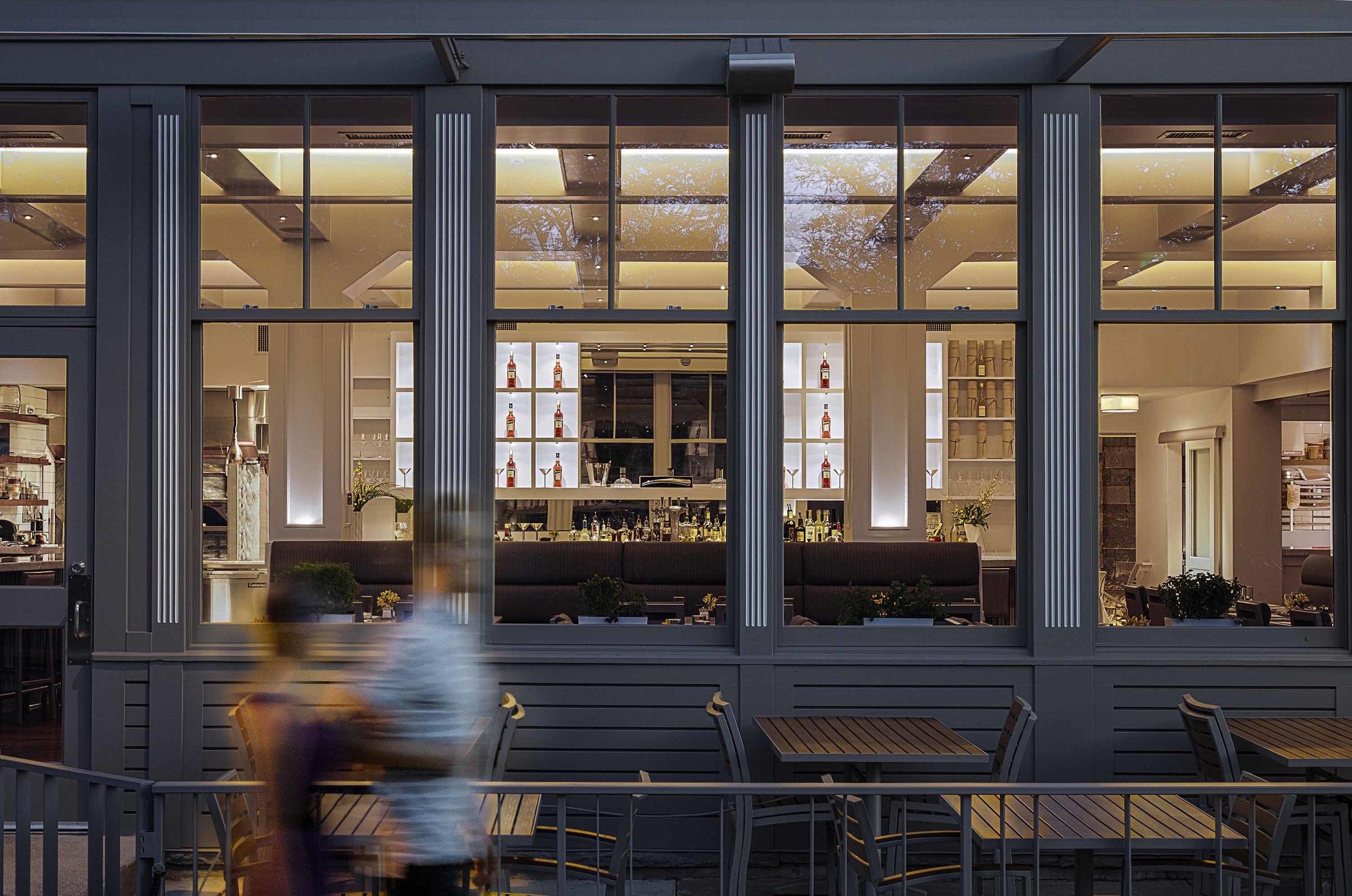 33674313_sartos_restaurant_bar_and_exterior.jpg