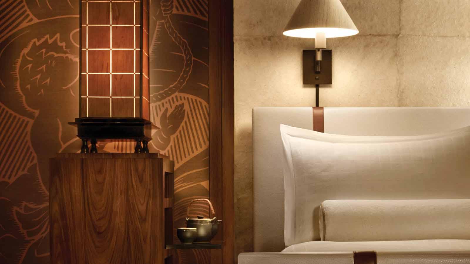 33674468_fs_manele_bay_guestrooms_7.jpg