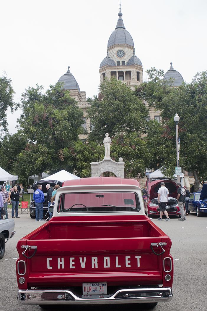 Antiques, Arts and Autos Show