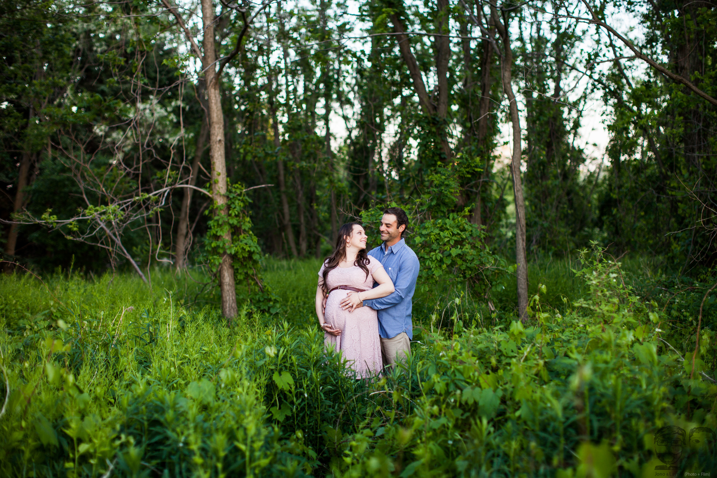013Toronto photographers-Baby Bump-Jono & Laynie Co.jpg