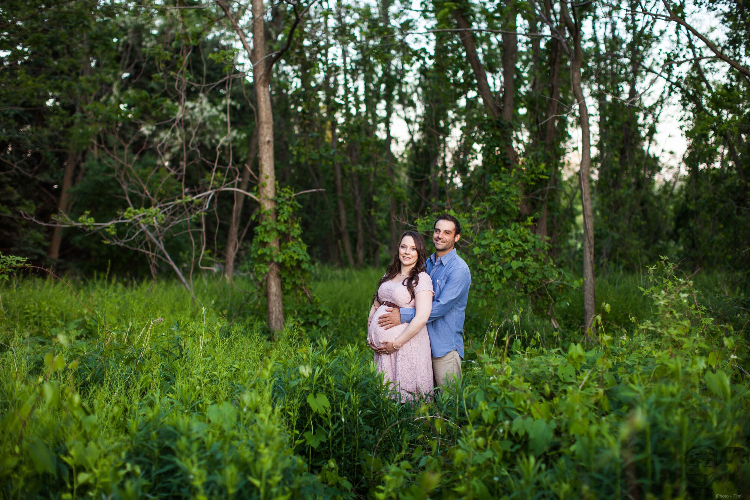 014Toronto photographers-Baby Bump-Jono & Laynie Co.jpg