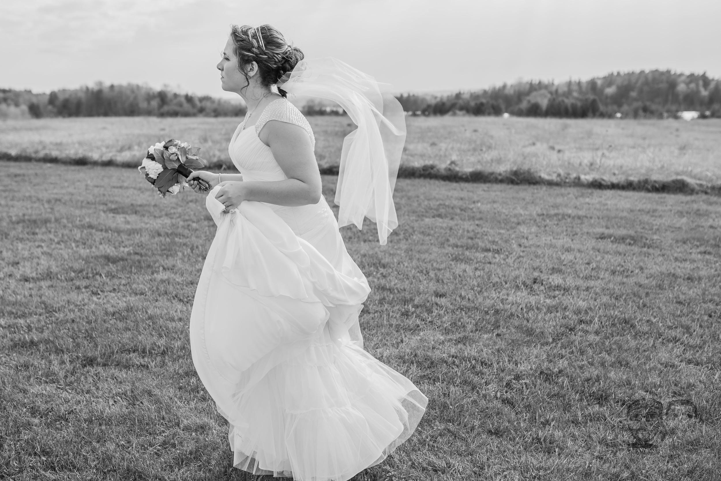 44Toronto Wedding Photographers and Videographers-Jono & Laynie Co.-Orangeville Wedding.jpg