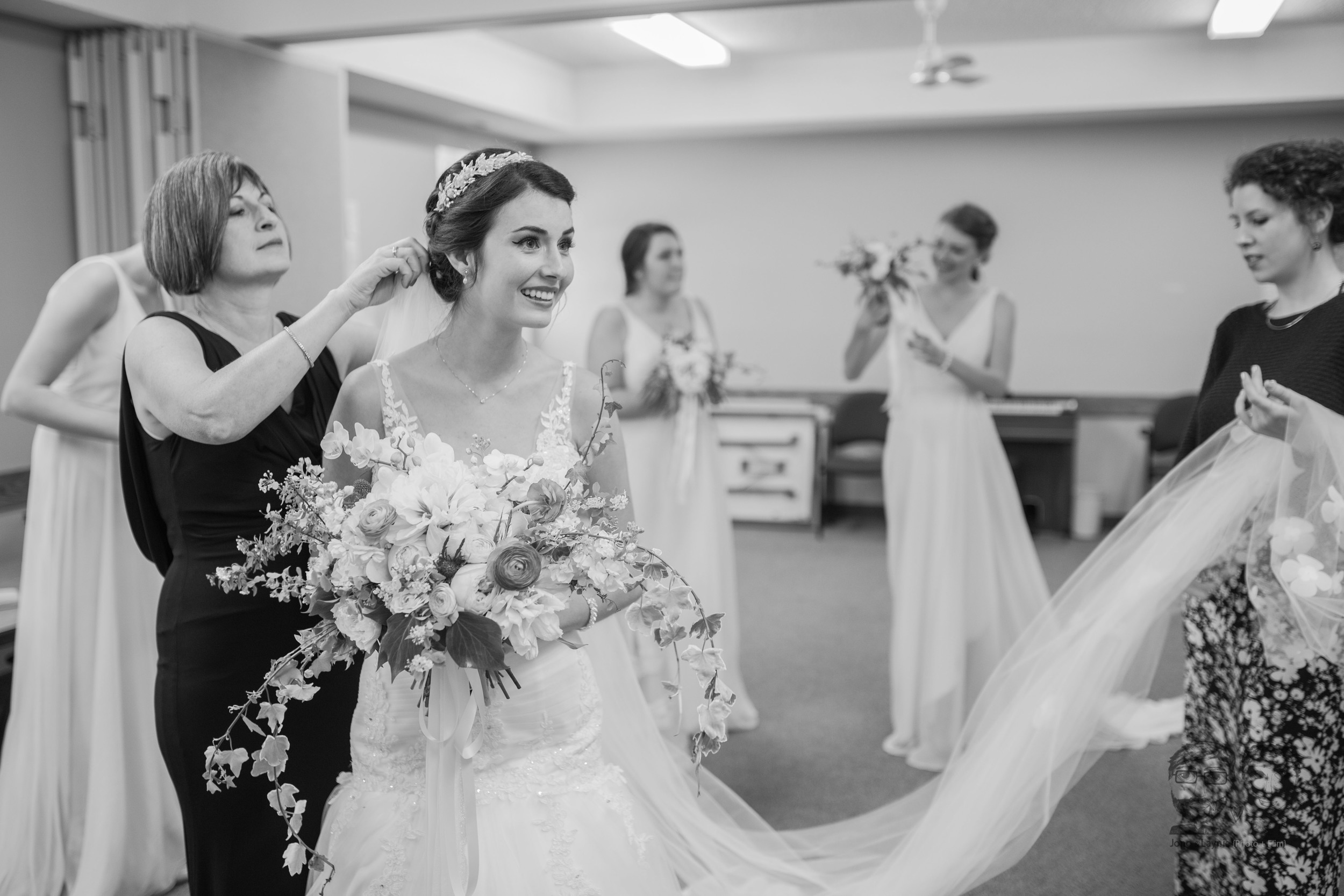 022Toronto Wedding Photographers and Videographers-Jono & Laynie Co.jpg
