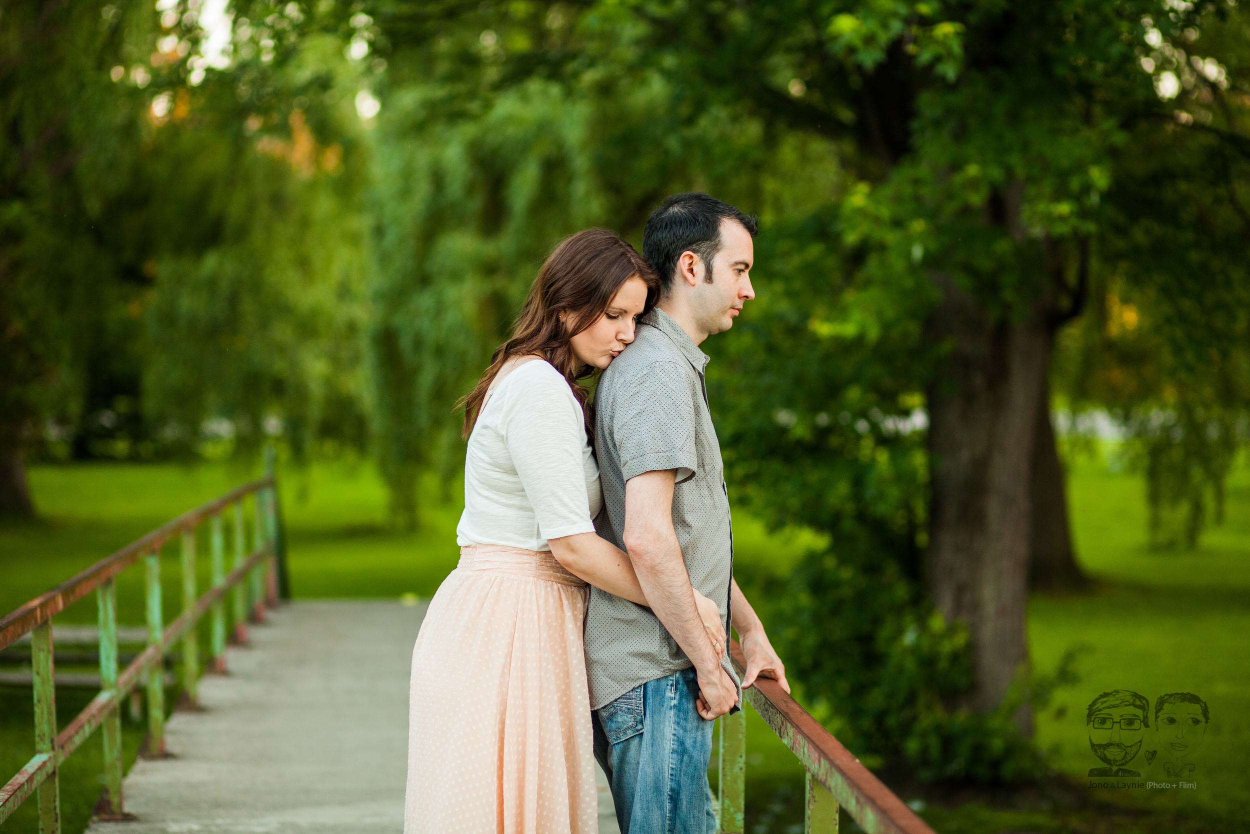 173Toronto and Niagara Photographers. Jono & Laynie Co. Engagement Session_.jpg