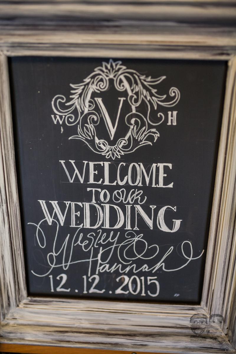 0023Calgary Wedding Photographers-Jono & Laynie Co.jpg