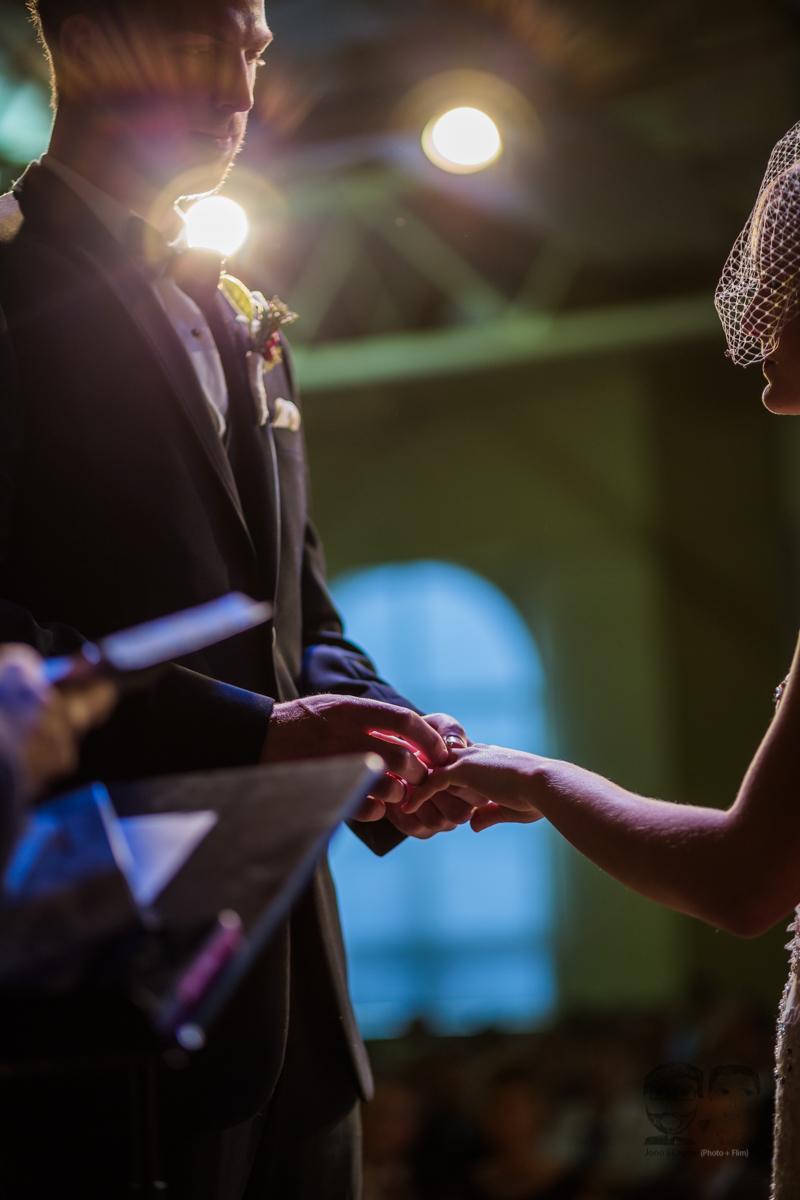0044Calgary Wedding Photographers-Jono & Laynie Co.jpg
