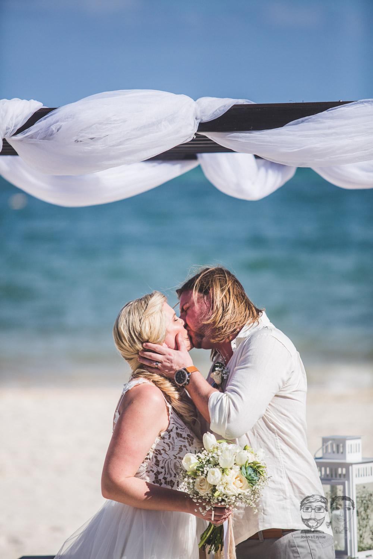 Toronto Photographer-Destination Mexico Wedding087.jpg
