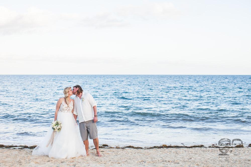 Toronto Photographer-Destination Mexico Wedding171.jpg